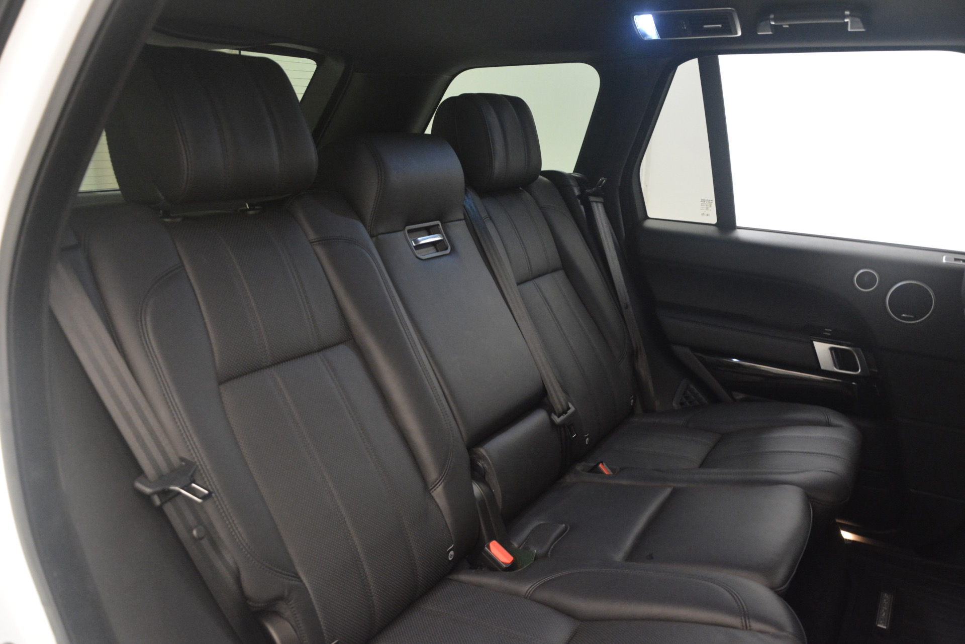 Used 2015 Land Rover Range Rover Supercharged For Sale In Westport, CT 1292_p36