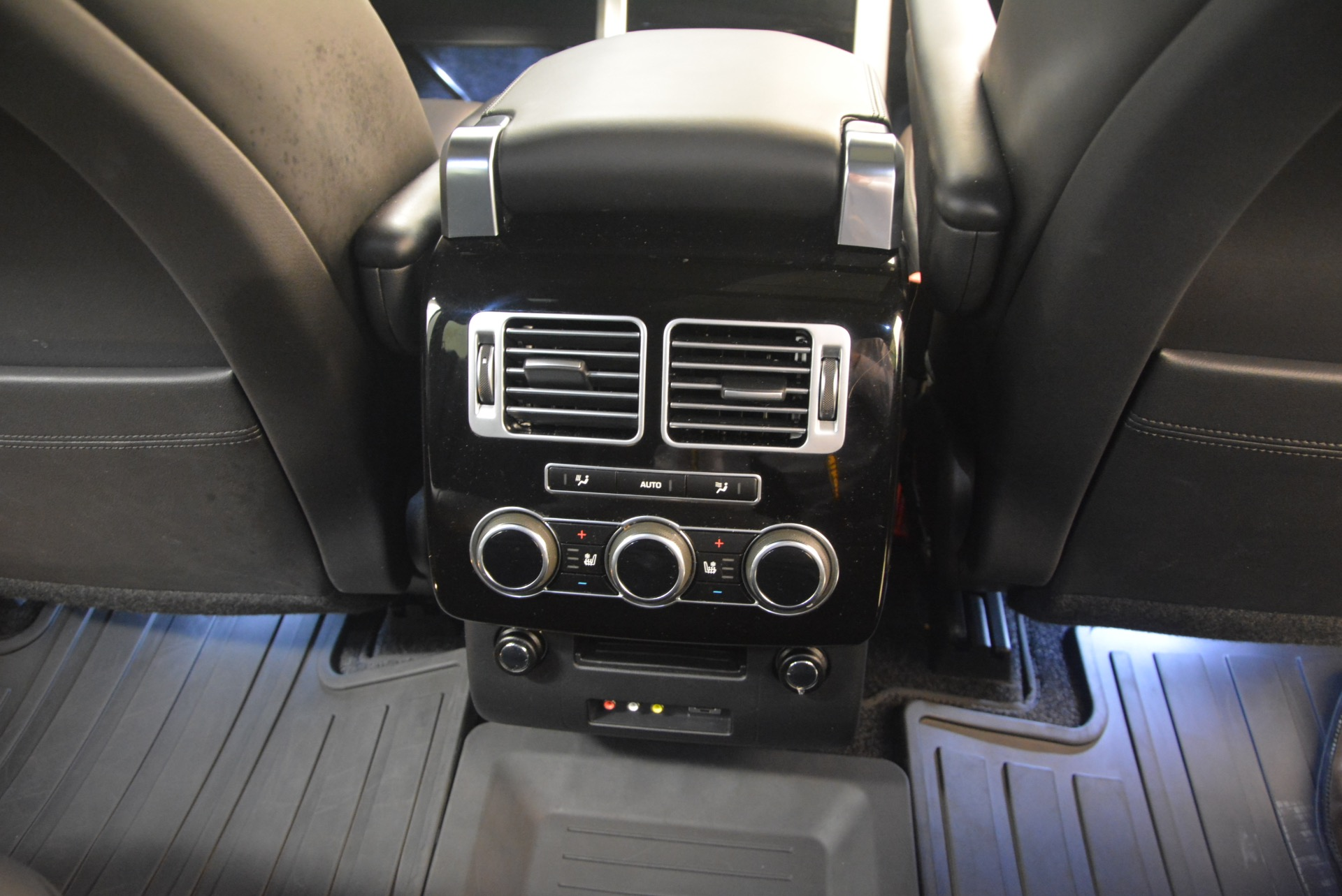 Used 2015 Land Rover Range Rover Supercharged For Sale In Westport, CT 1292_p37