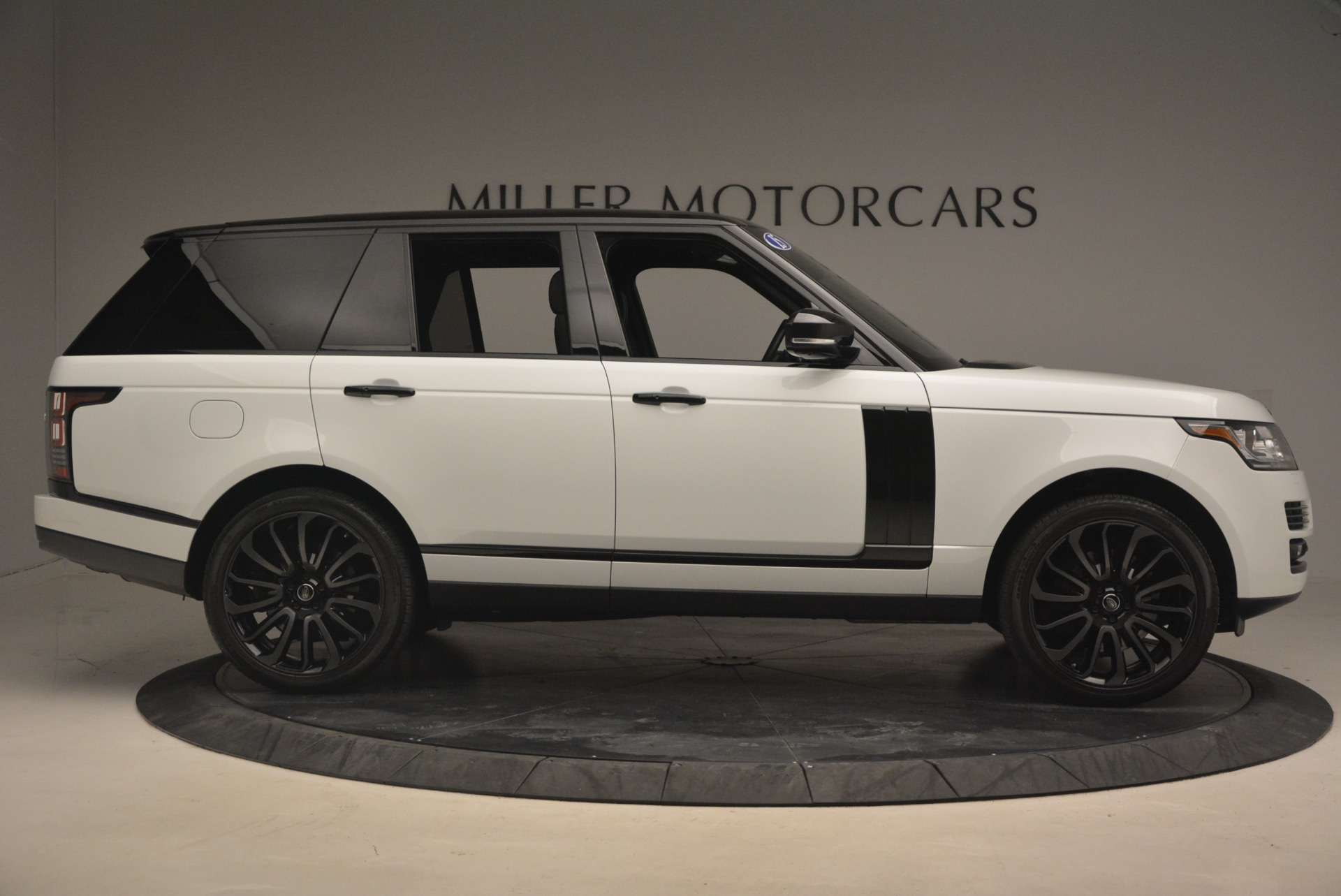 Used 2015 Land Rover Range Rover Supercharged For Sale In Westport, CT 1292_p9
