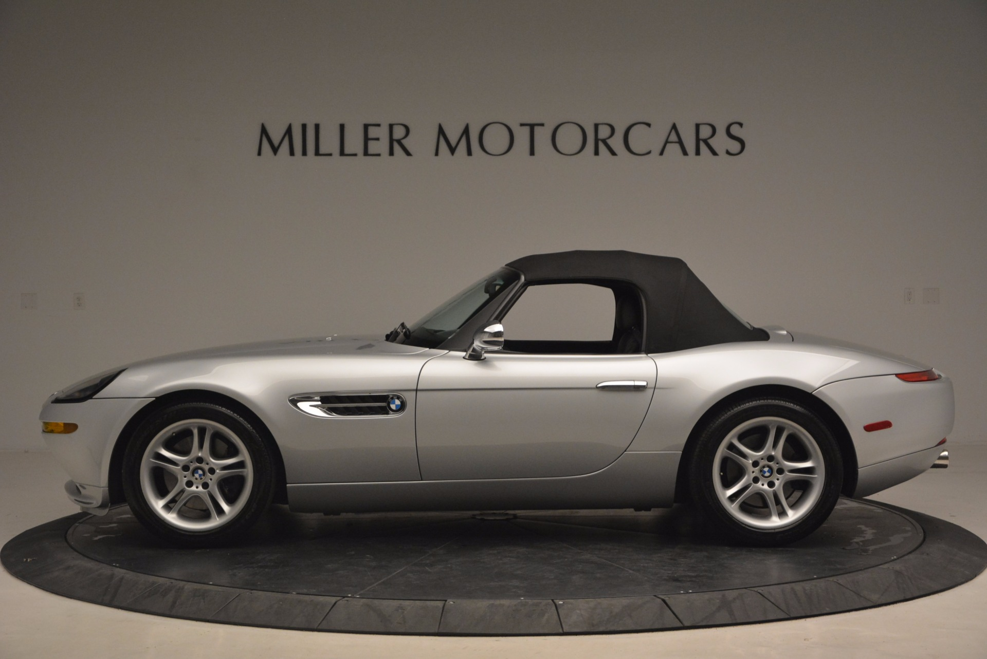 Used 2001 BMW Z8  For Sale In Westport, CT 1293_p15
