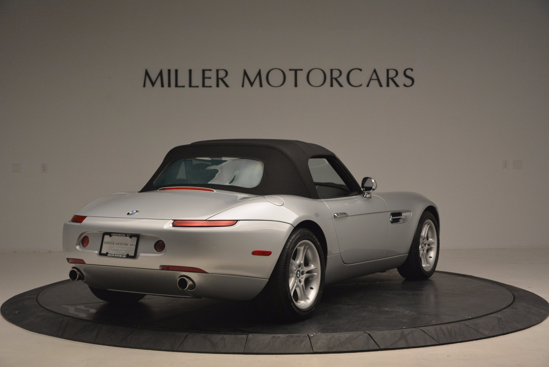 Used 2001 BMW Z8  For Sale In Westport, CT 1293_p19