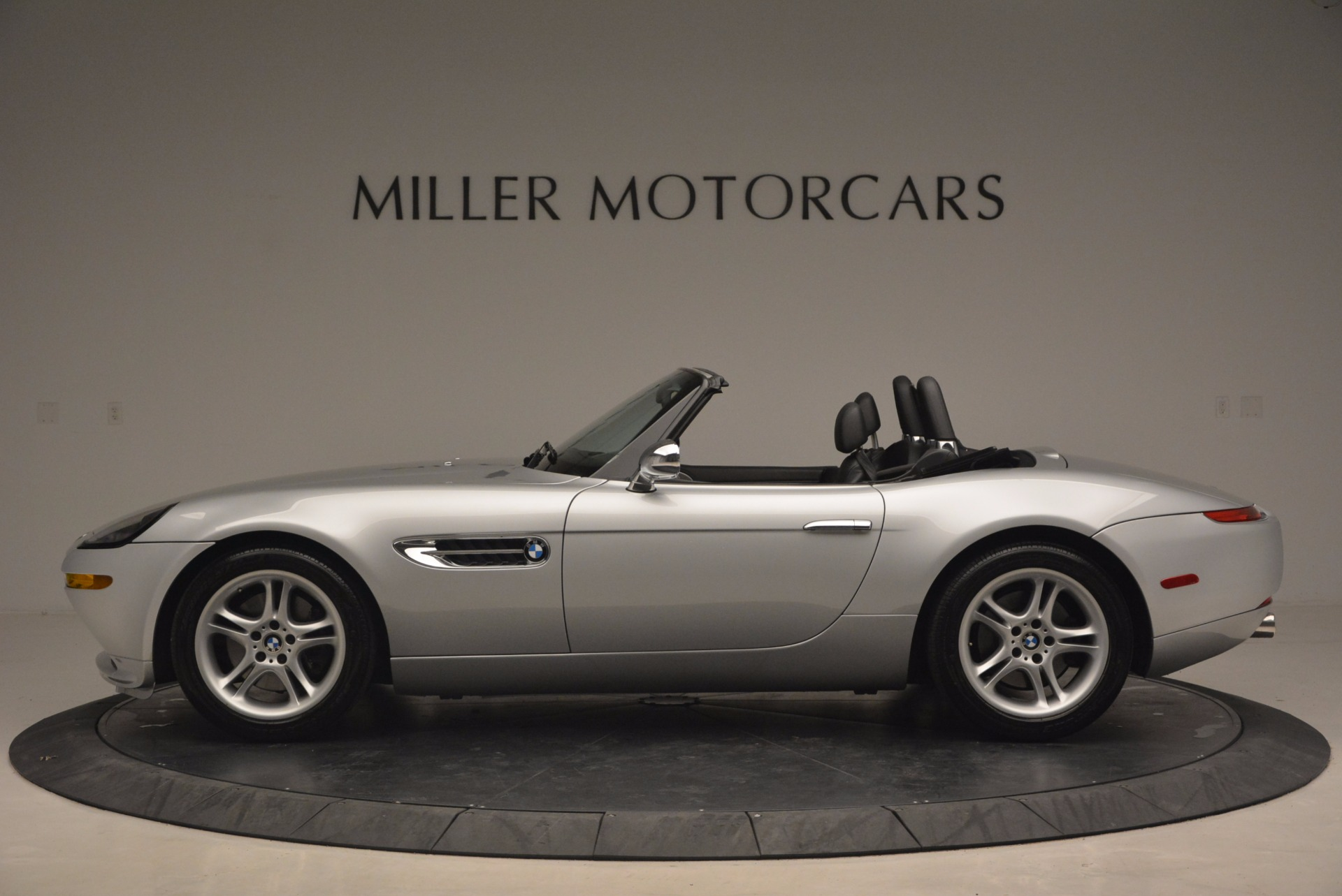 Used 2001 BMW Z8  For Sale In Westport, CT 1293_p3