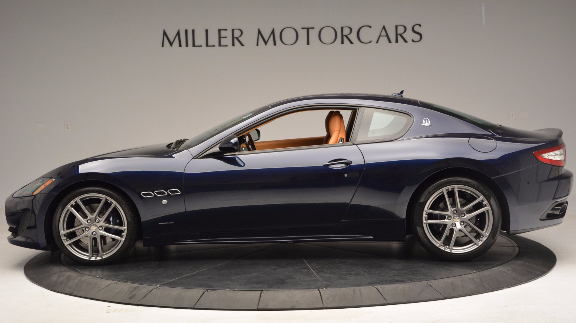 New 2017 Maserati GranTurismo Coupe Sport For Sale In Westport, CT 1295_p3