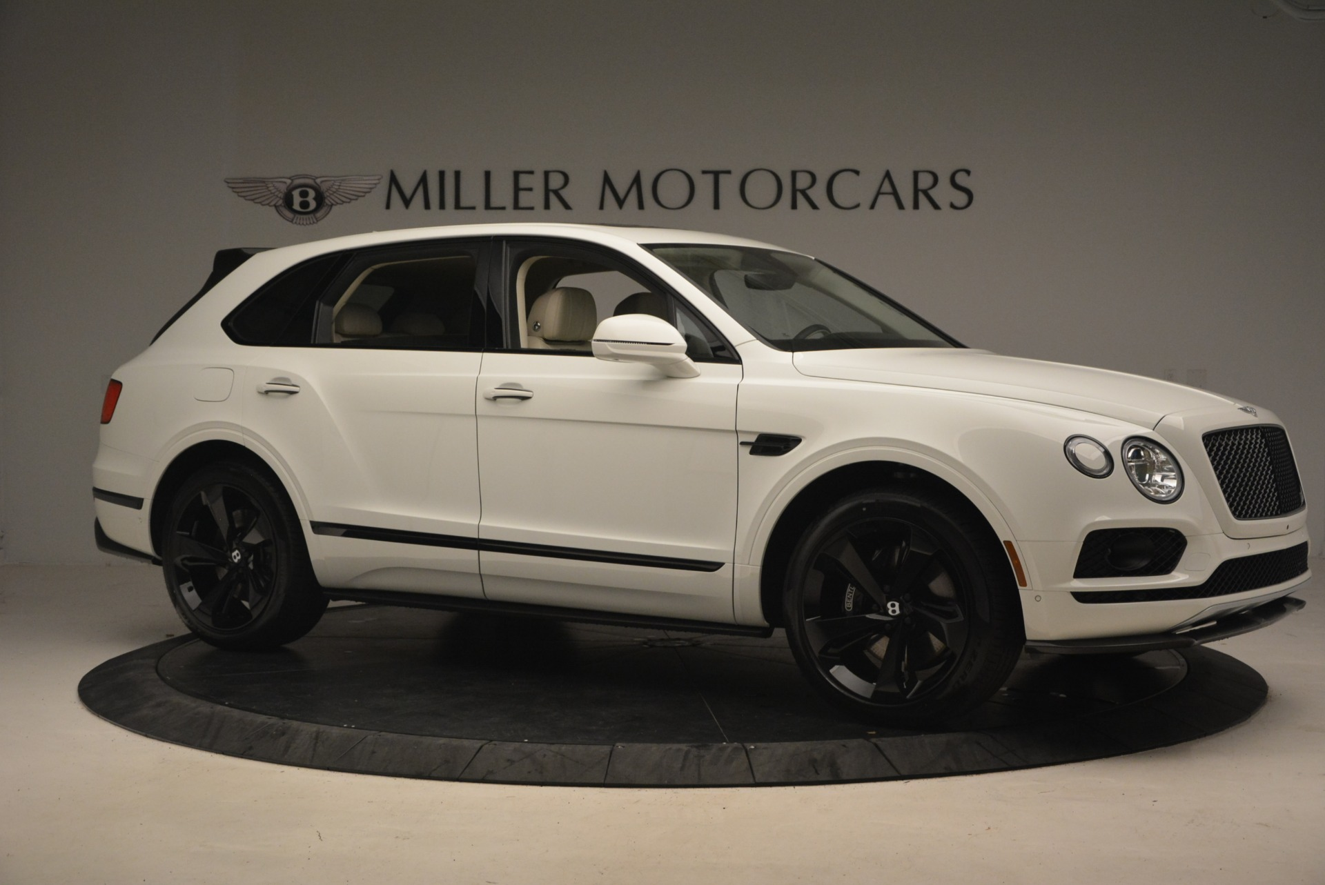 New 2018 Bentley Bentayga Black Edition For Sale In Westport, CT 1302_p10