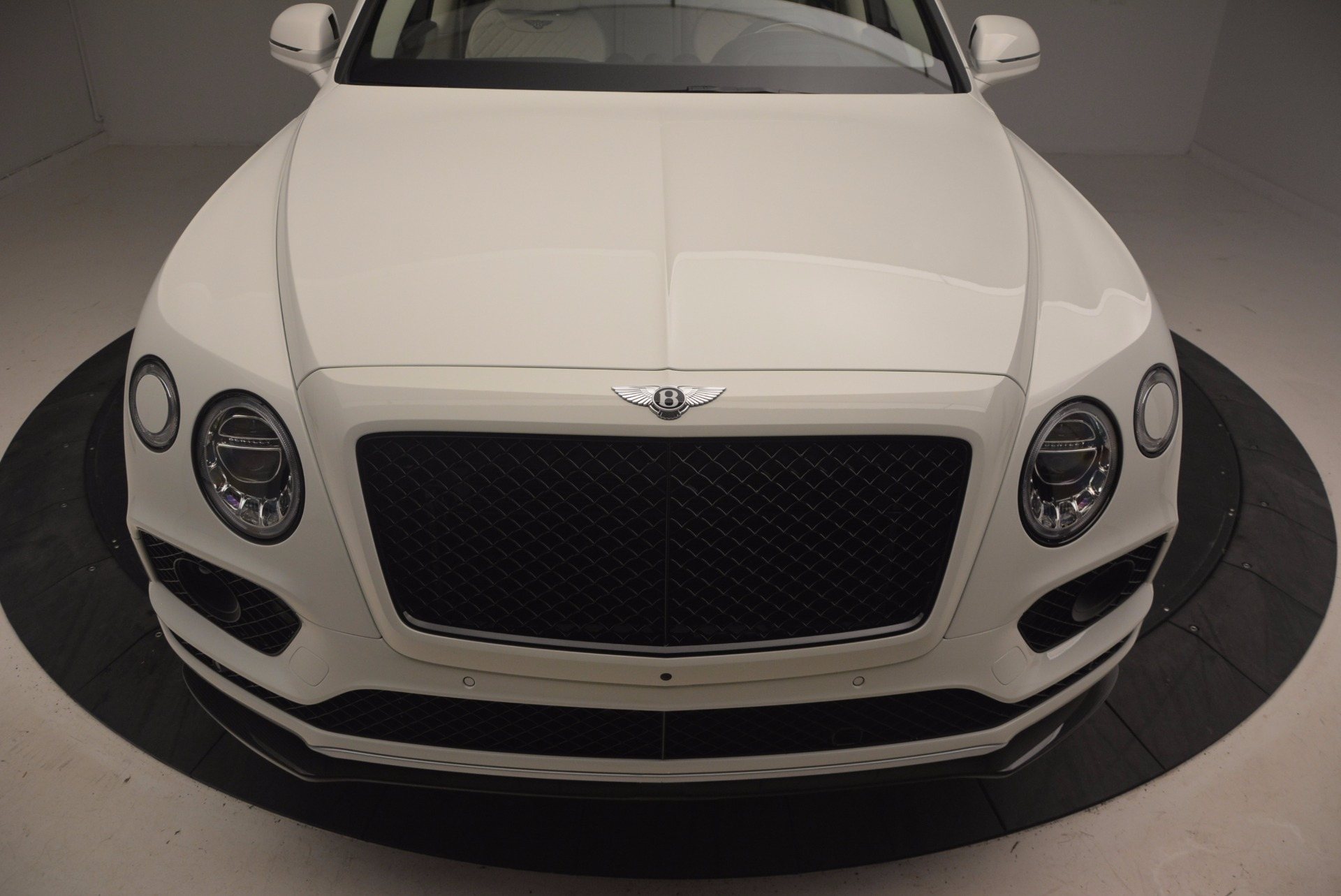 New 2018 Bentley Bentayga Black Edition For Sale In Westport, CT 1302_p13