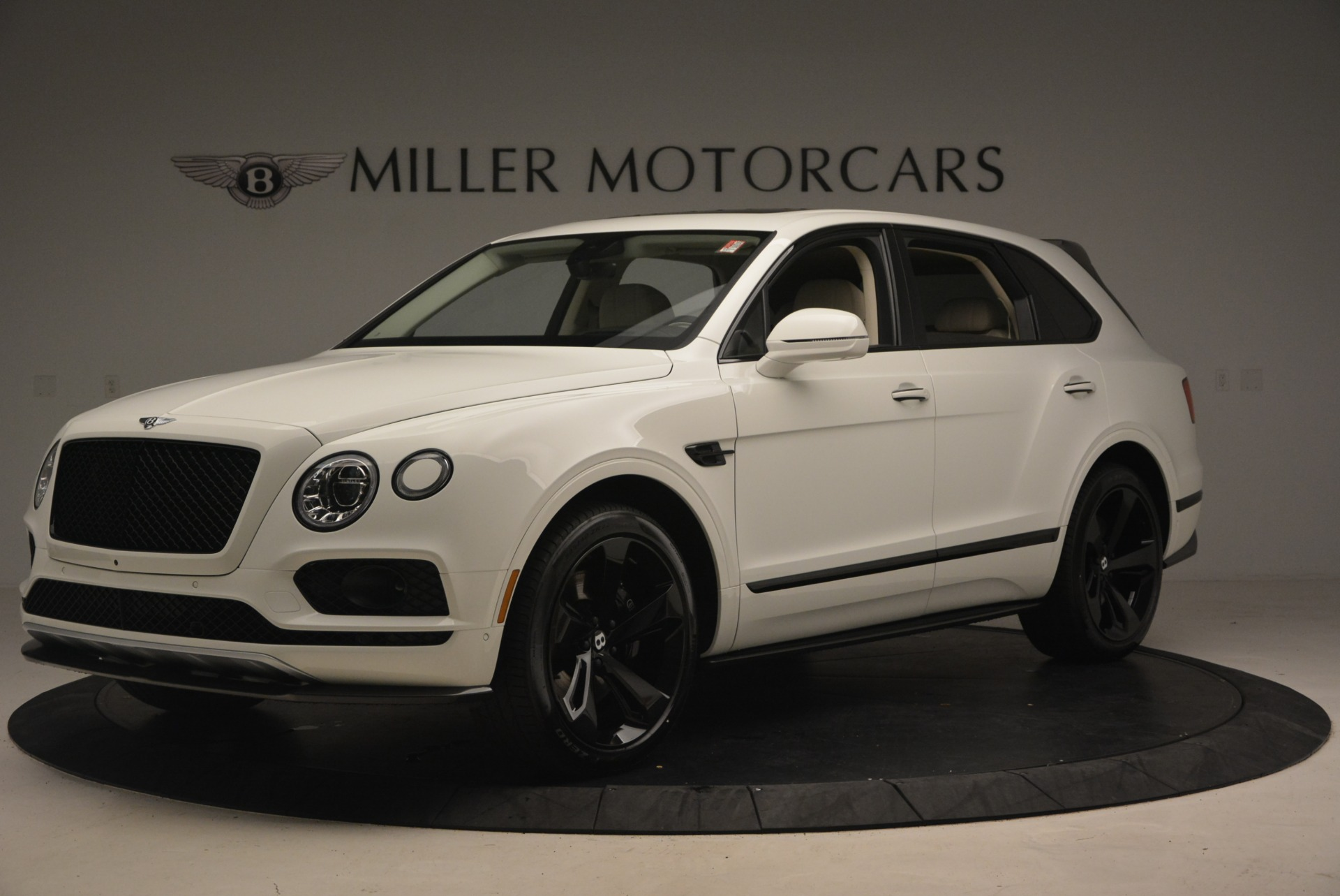 New 2018 Bentley Bentayga Black Edition For Sale In Westport, CT 1302_p2