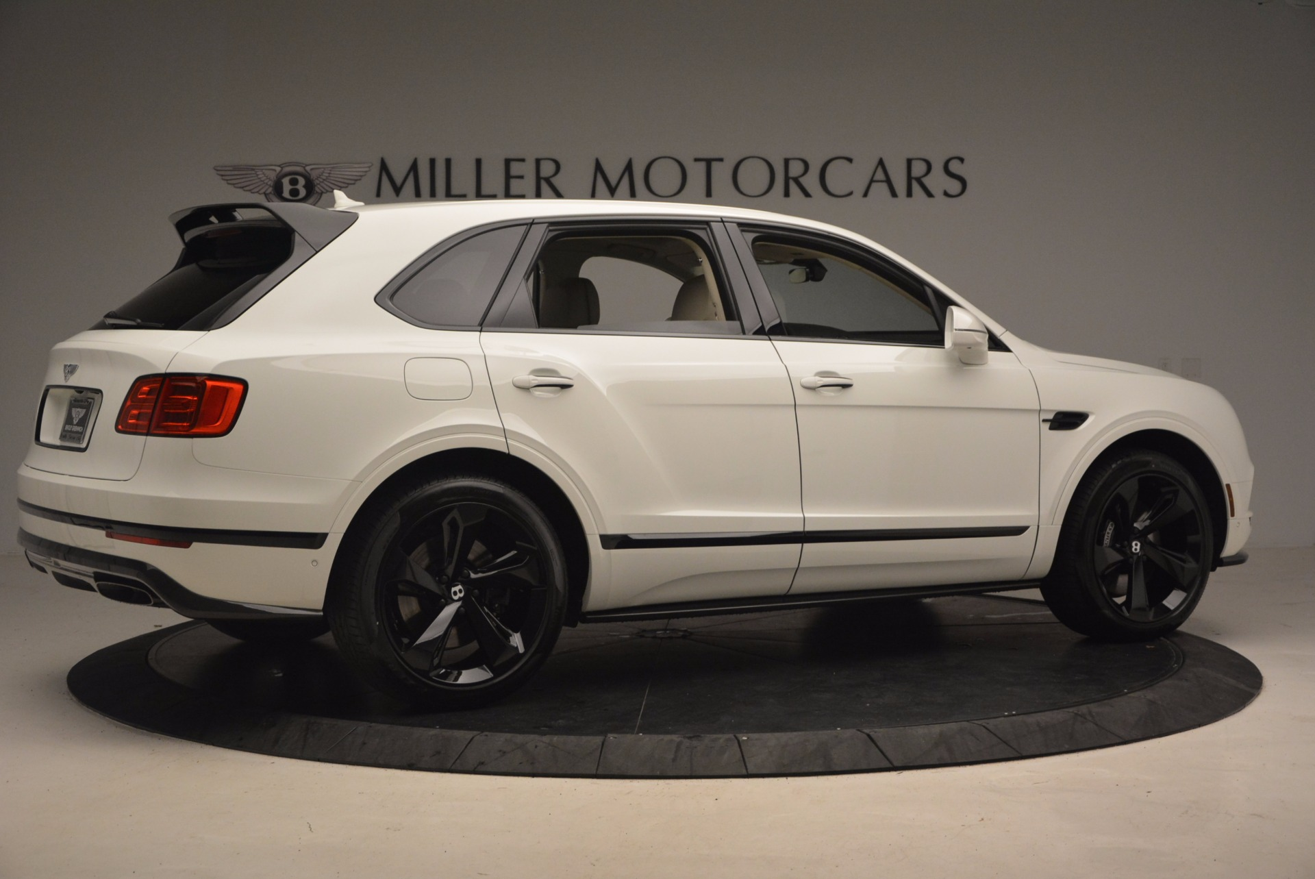 New 2018 Bentley Bentayga Black Edition For Sale In Westport, CT 1302_p8