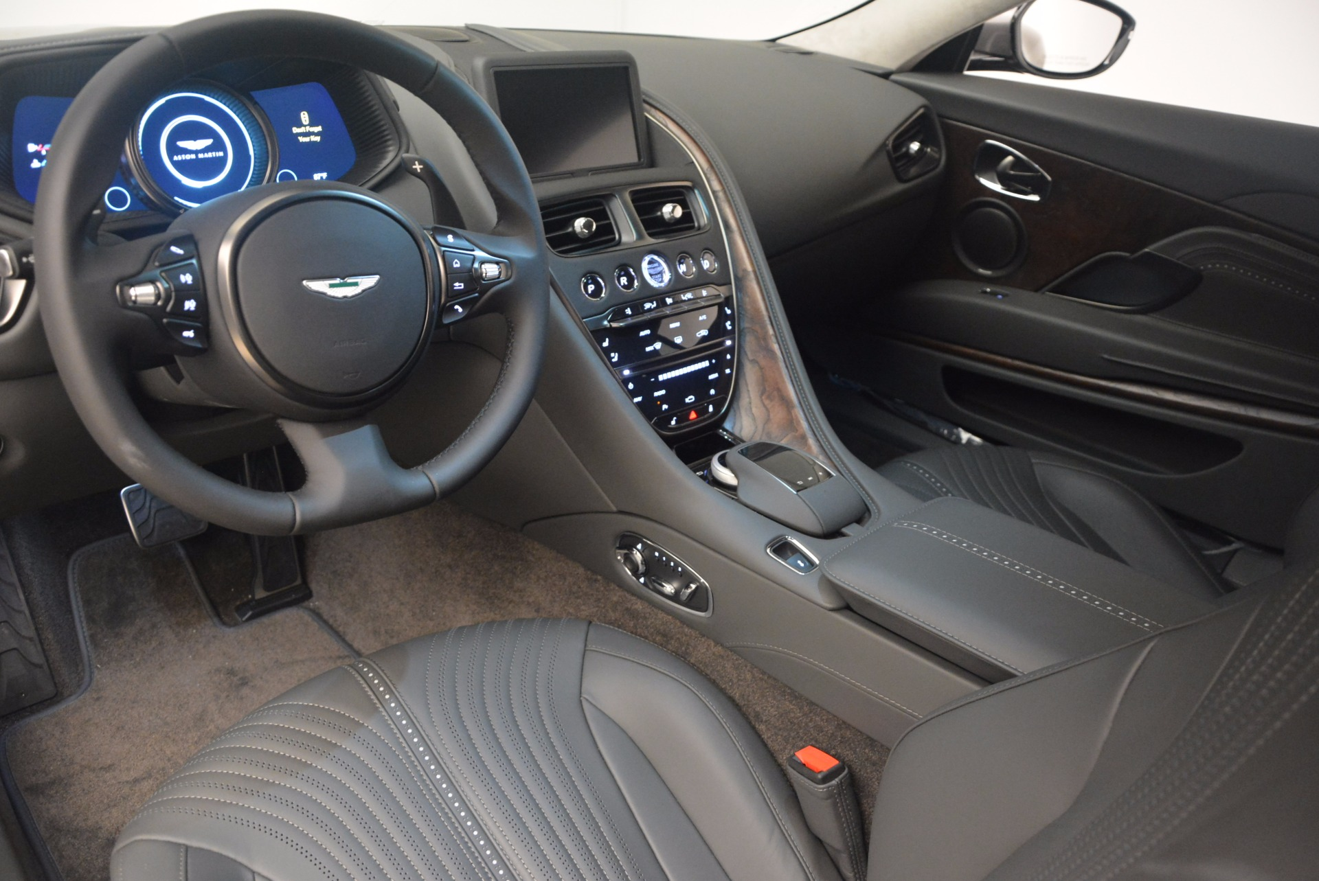 New 2017 Aston Martin DB11  For Sale In Westport, CT 1306_p14
