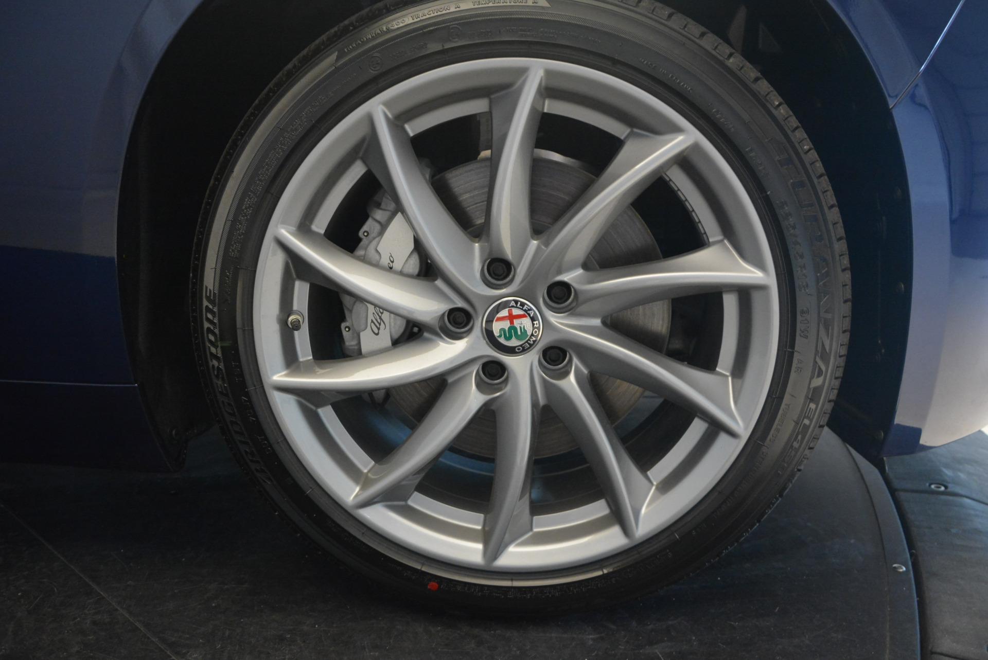 New 2017 Alfa Romeo Giulia Q4 For Sale In Westport, CT 1318_p21