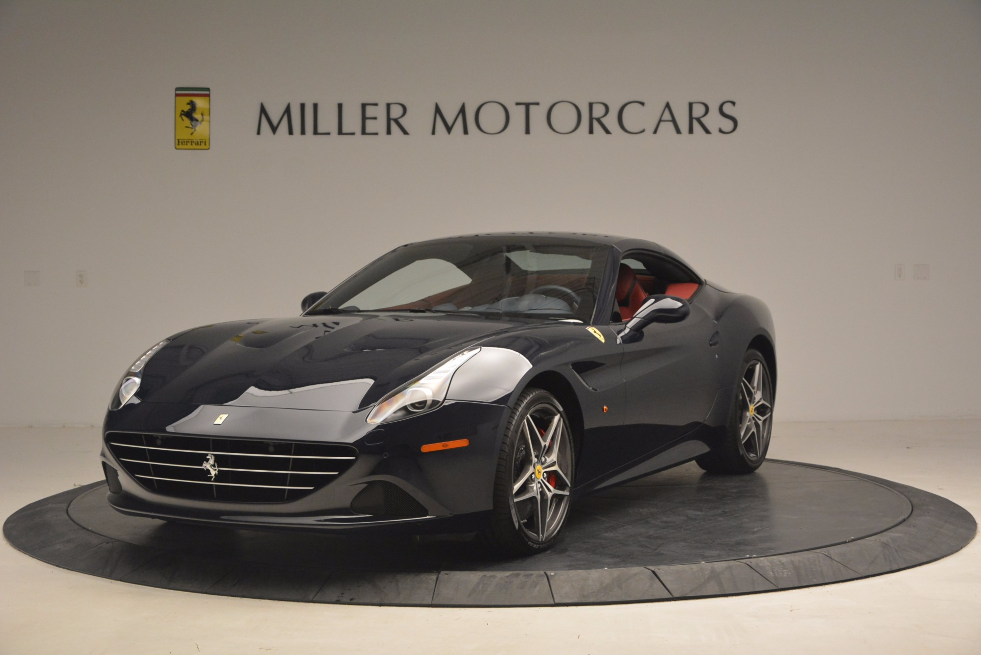 Used 2017 Ferrari California T  For Sale In Westport, CT 1330_p13