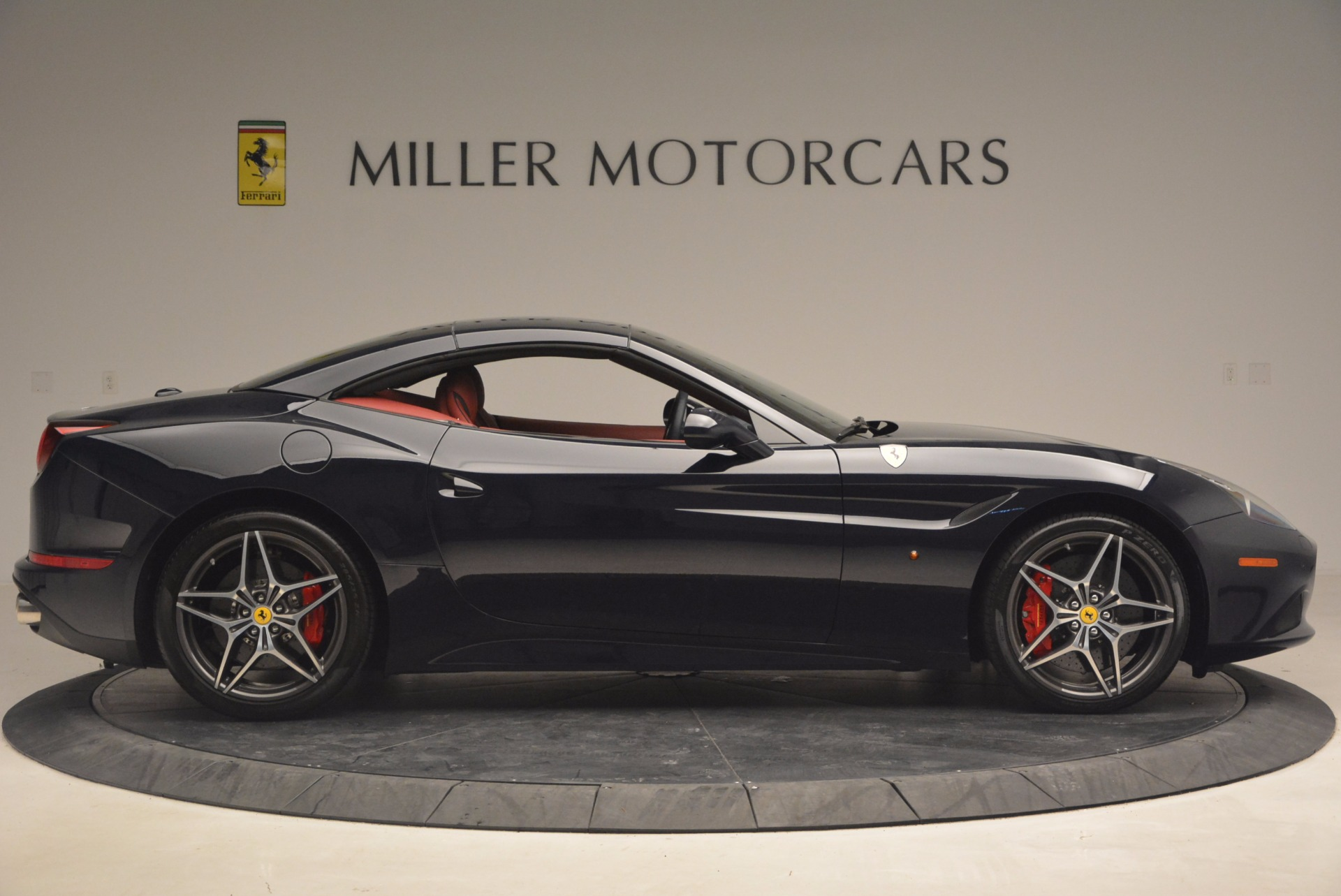 Used 2017 Ferrari California T  For Sale In Westport, CT 1330_p21
