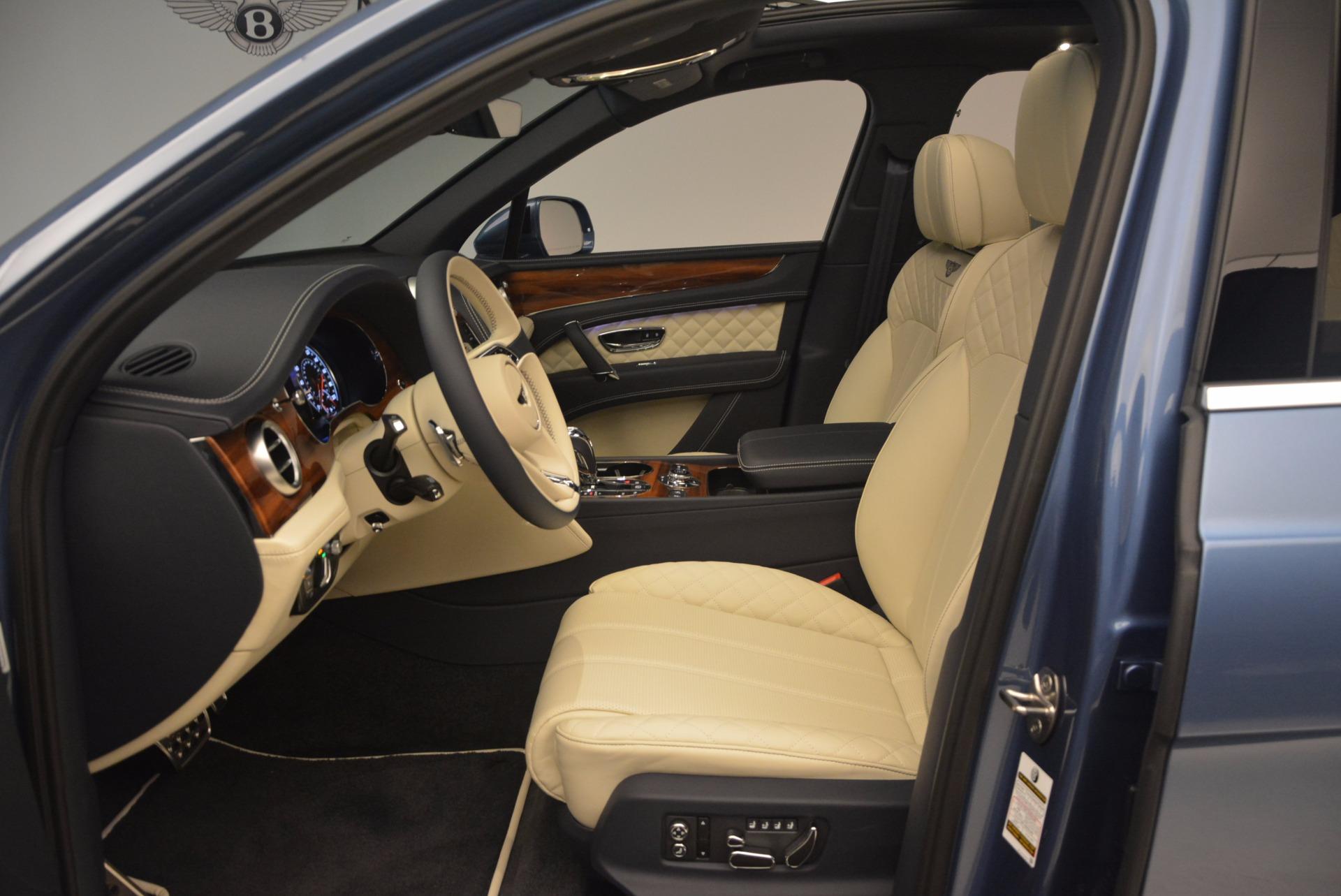 New 2018 Bentley Bentayga  For Sale In Westport, CT 1342_p23