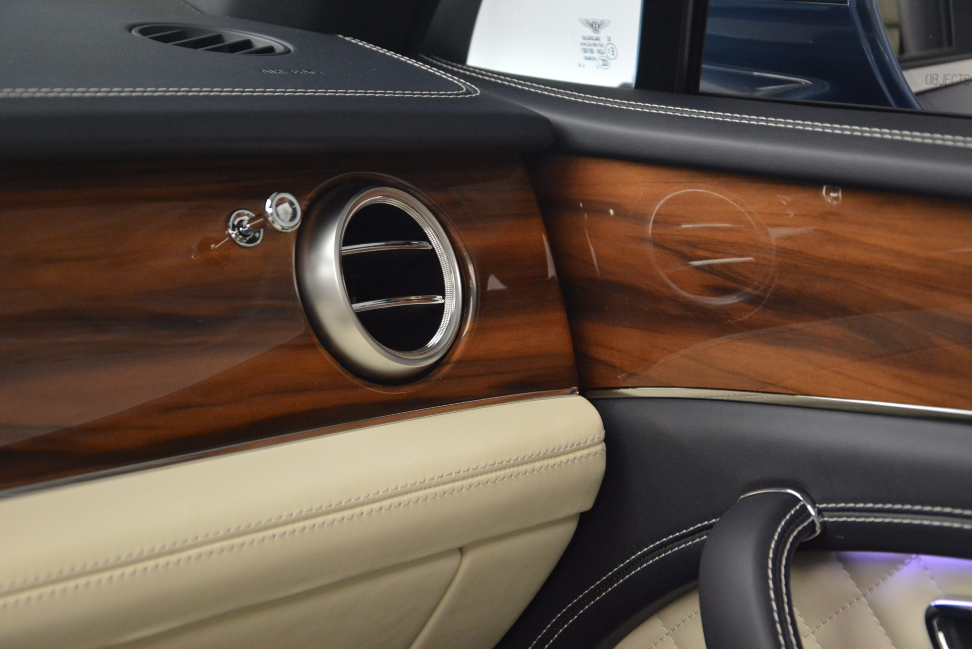 New 2018 Bentley Bentayga  For Sale In Westport, CT 1342_p33