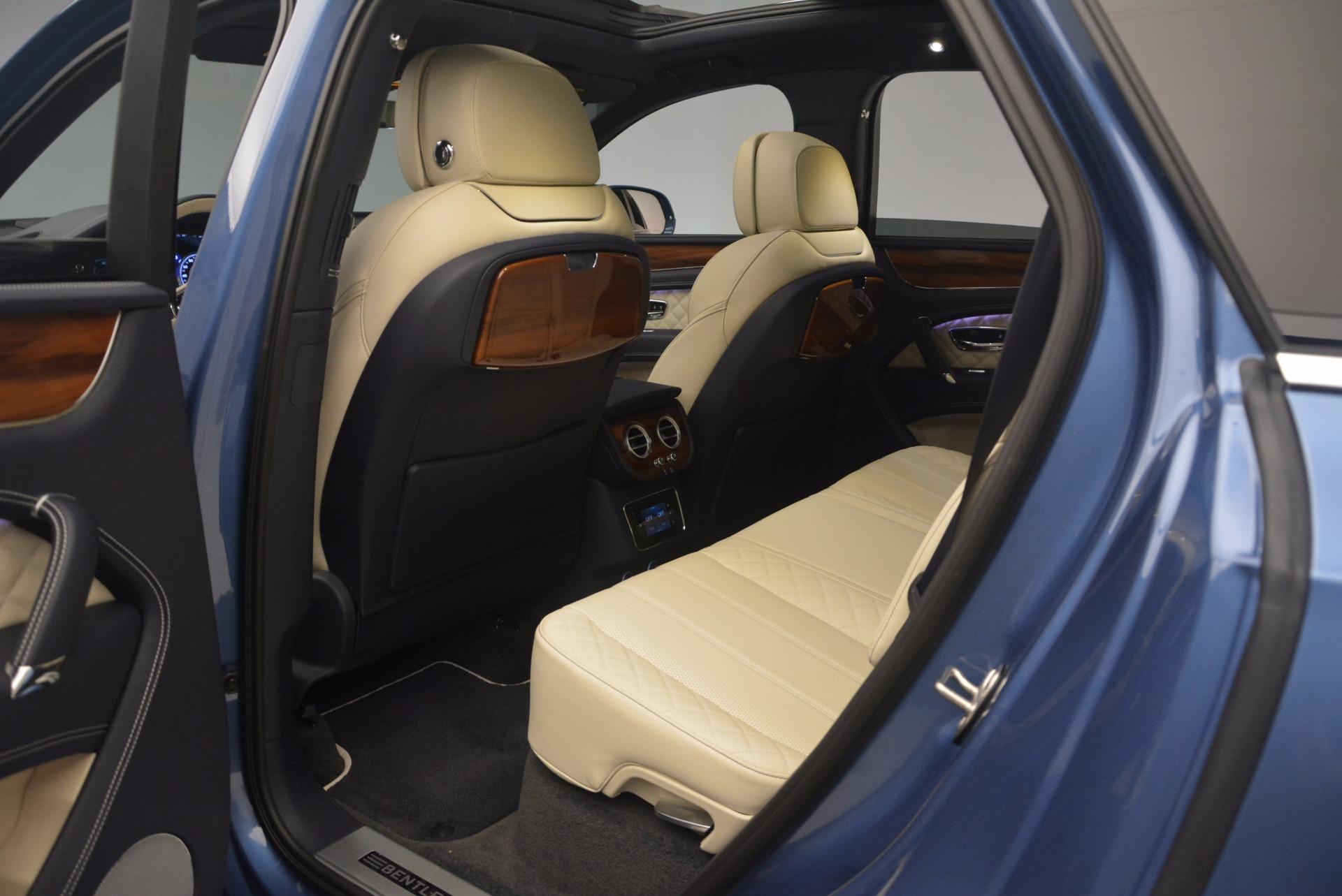 New 2018 Bentley Bentayga  For Sale In Westport, CT 1342_p35