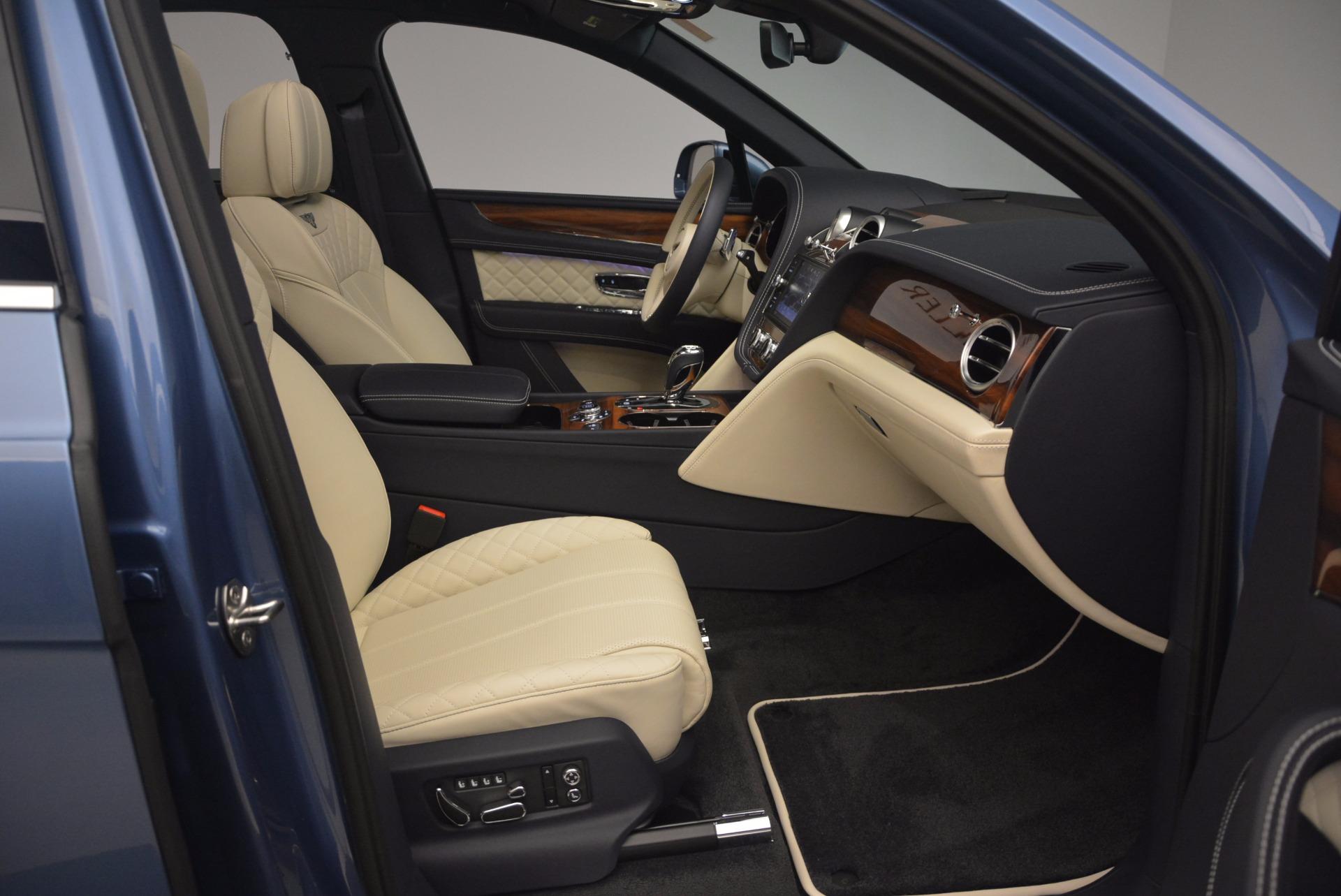 New 2018 Bentley Bentayga  For Sale In Westport, CT 1342_p44