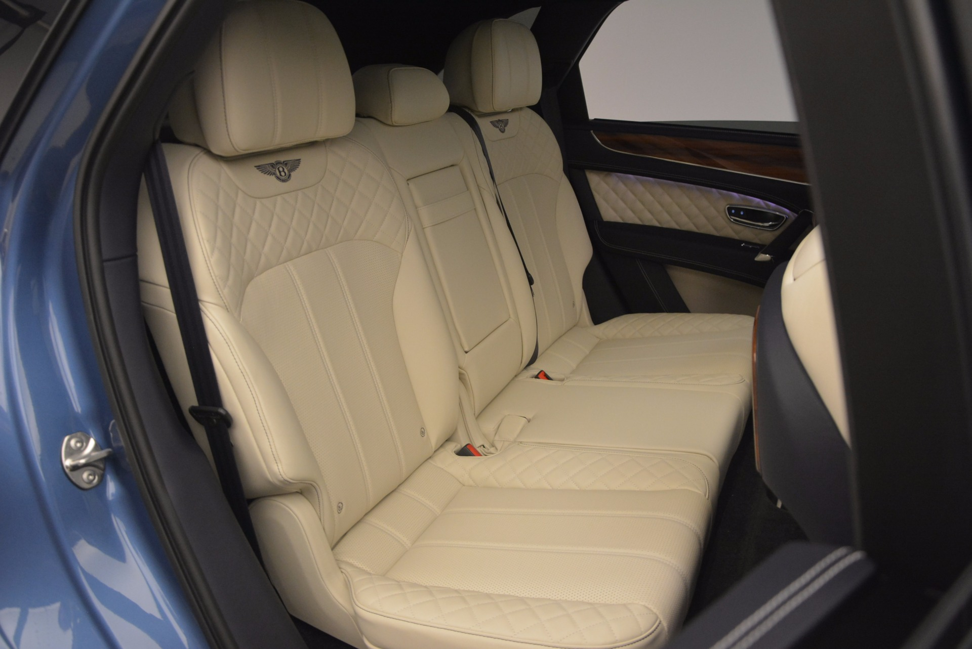 New 2018 Bentley Bentayga  For Sale In Westport, CT 1342_p49