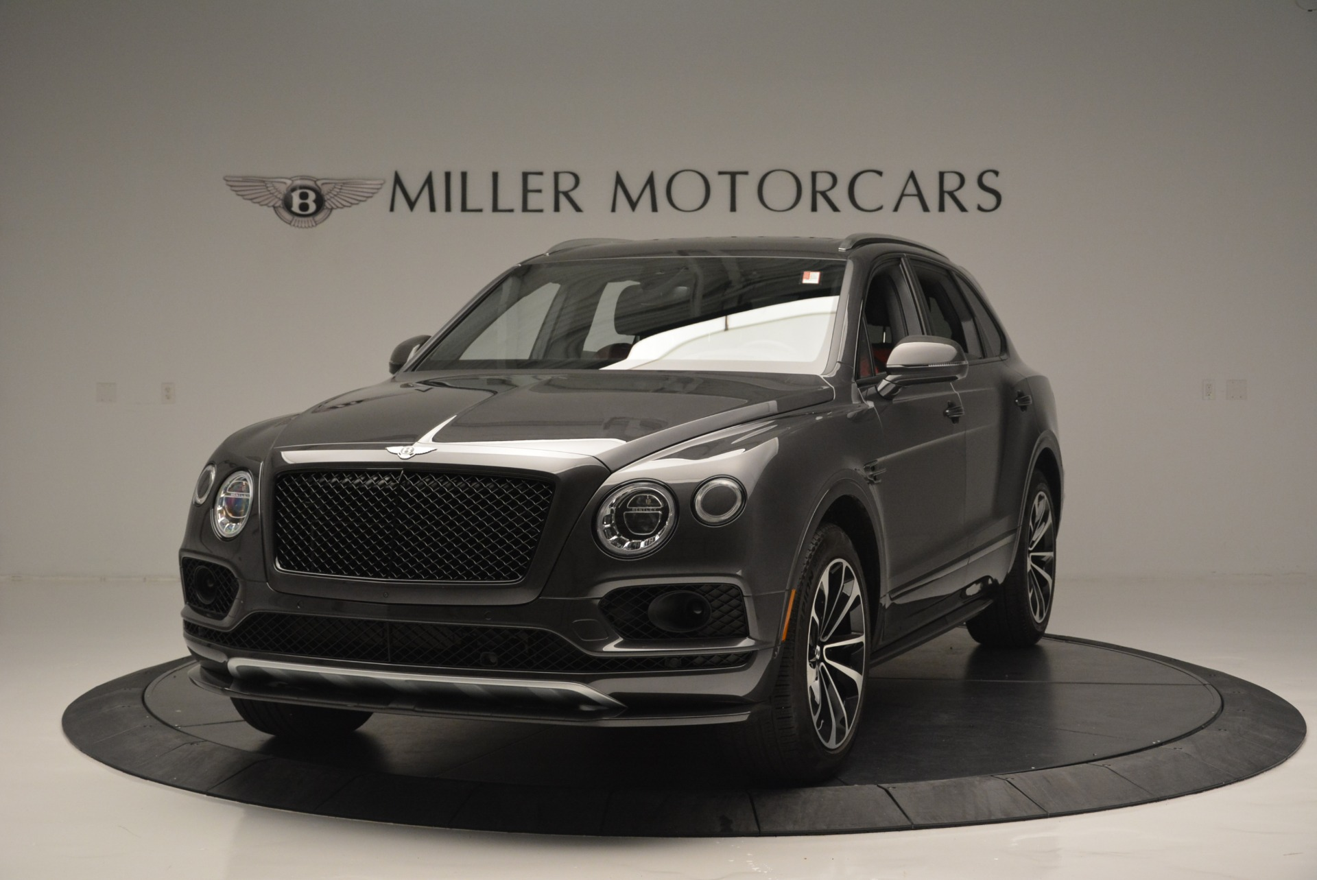Used 2018 Bentley Bentayga W12 Signature For Sale In Westport, CT 1357_main
