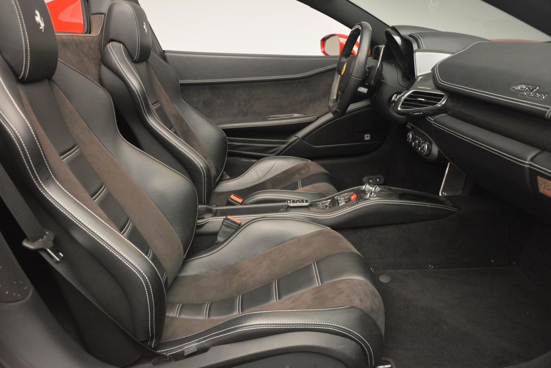 Used 2013 Ferrari 458 Spider  For Sale In Westport, CT 136_p30