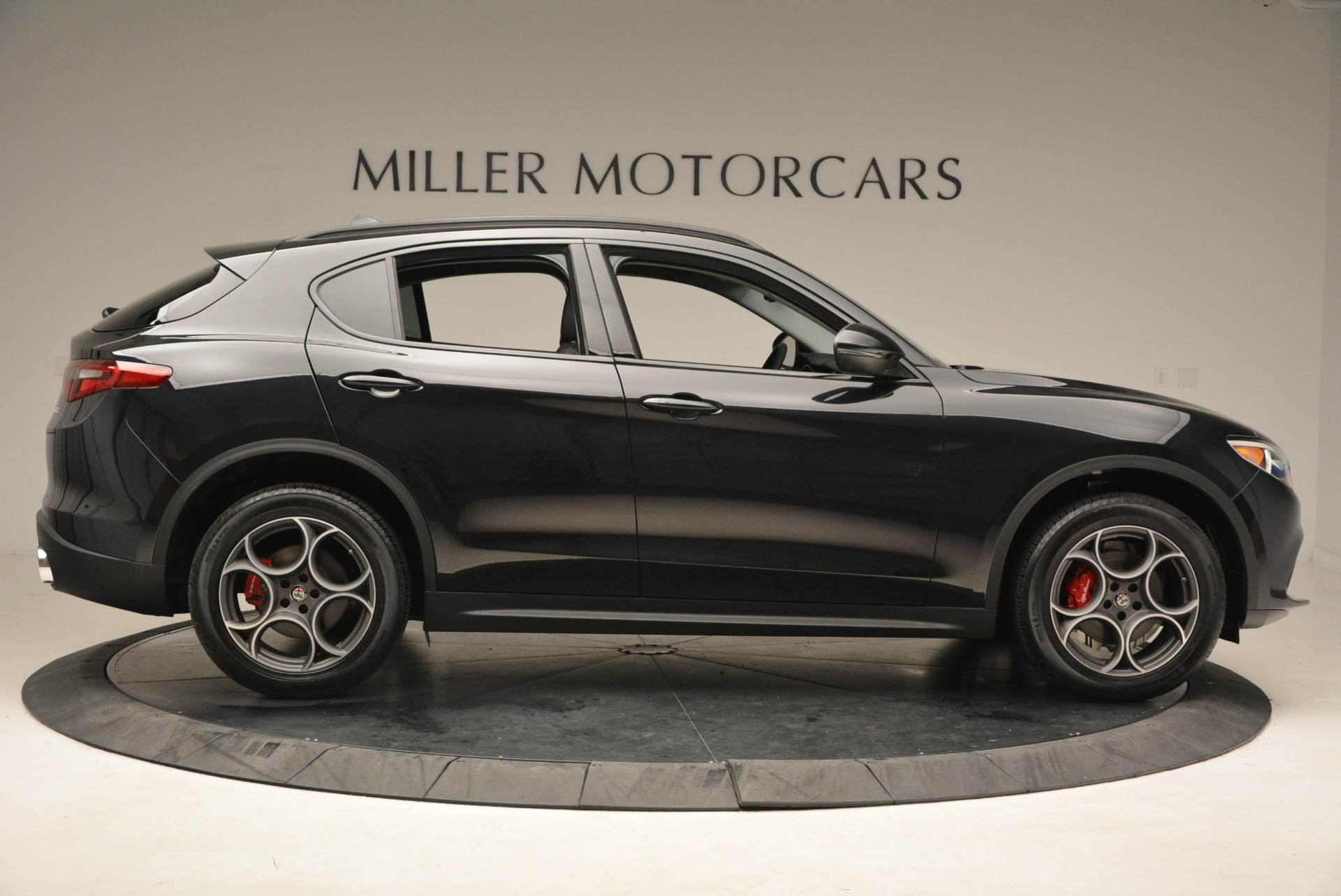 New 2018 Alfa Romeo Stelvio Sport Q4 For Sale In Westport, CT 1366_p9