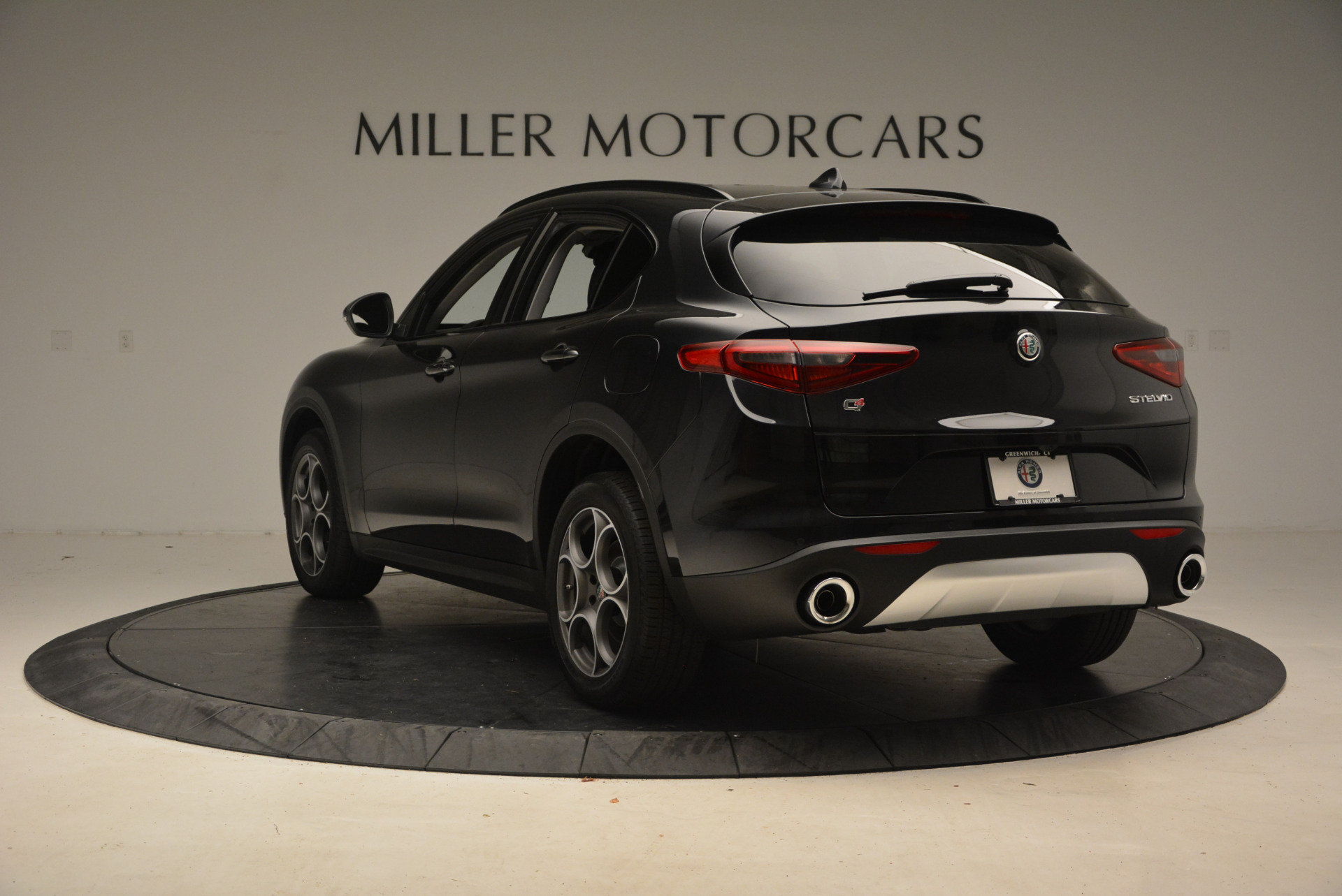 New 2018 Alfa Romeo Stelvio Sport Q4 For Sale In Westport, CT 1369_p5