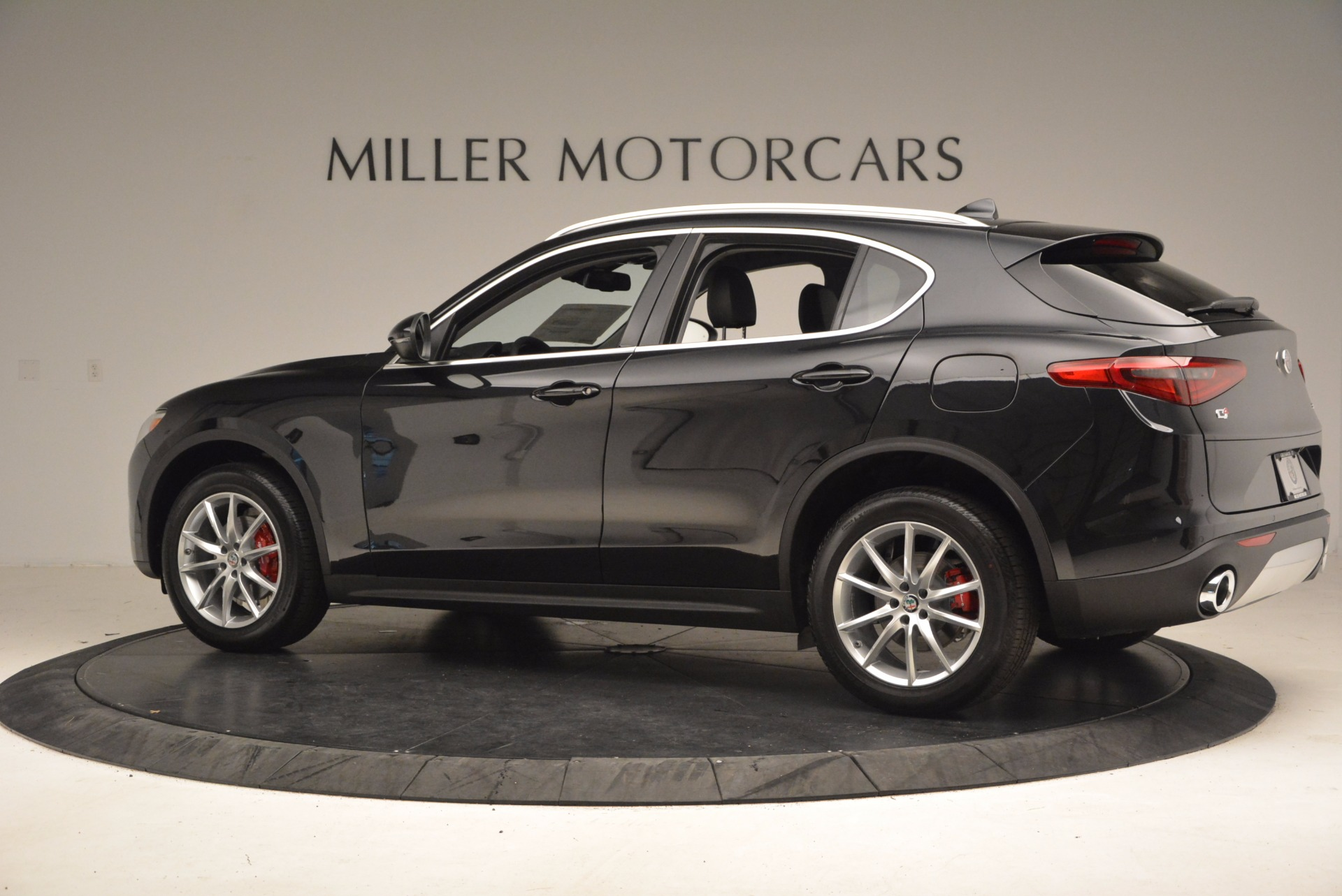 Used 2018 Alfa Romeo Stelvio Ti Q4 For Sale In Westport, CT 1374_p4