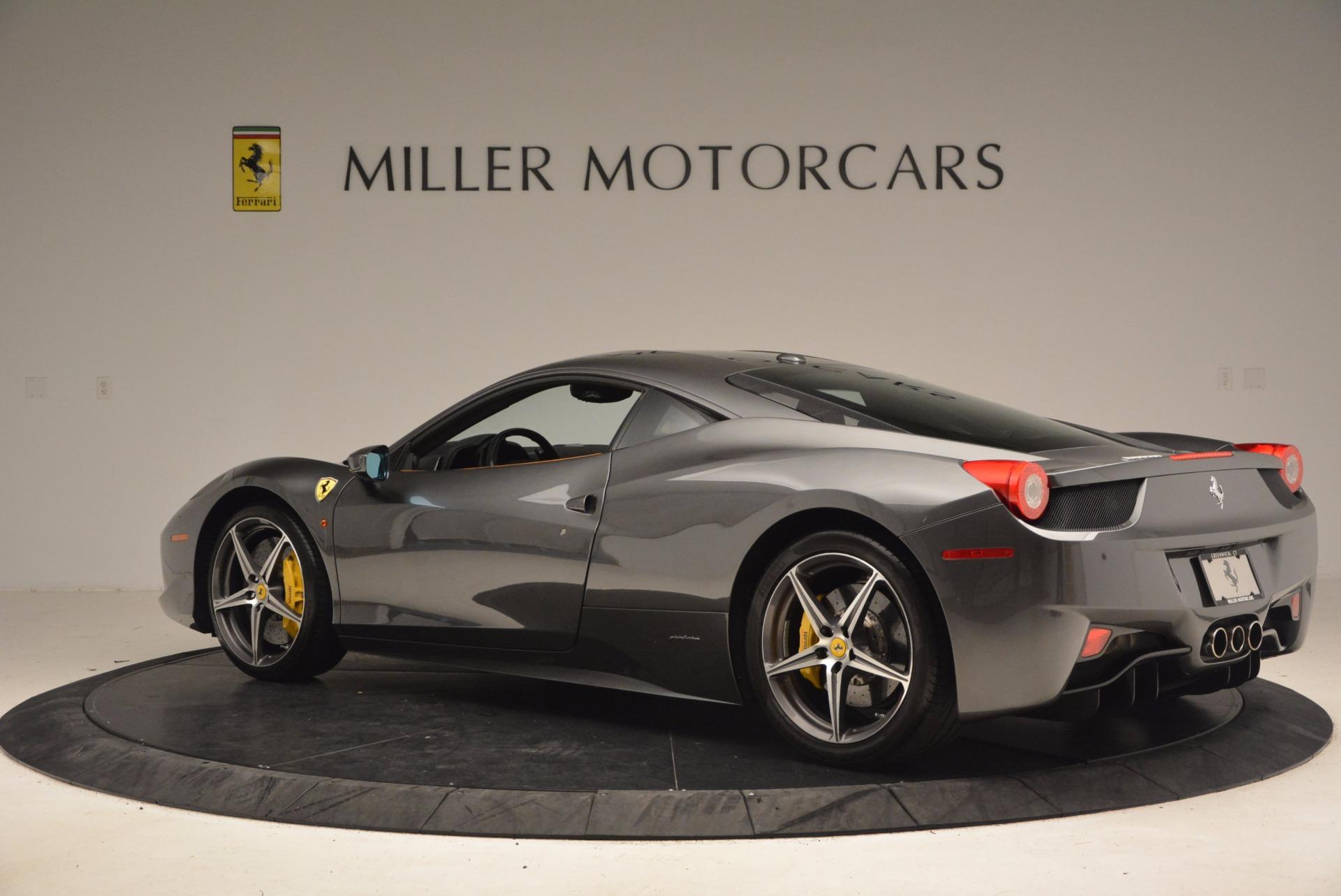 Used 2011 Ferrari 458 Italia  For Sale In Westport, CT 1385_p4