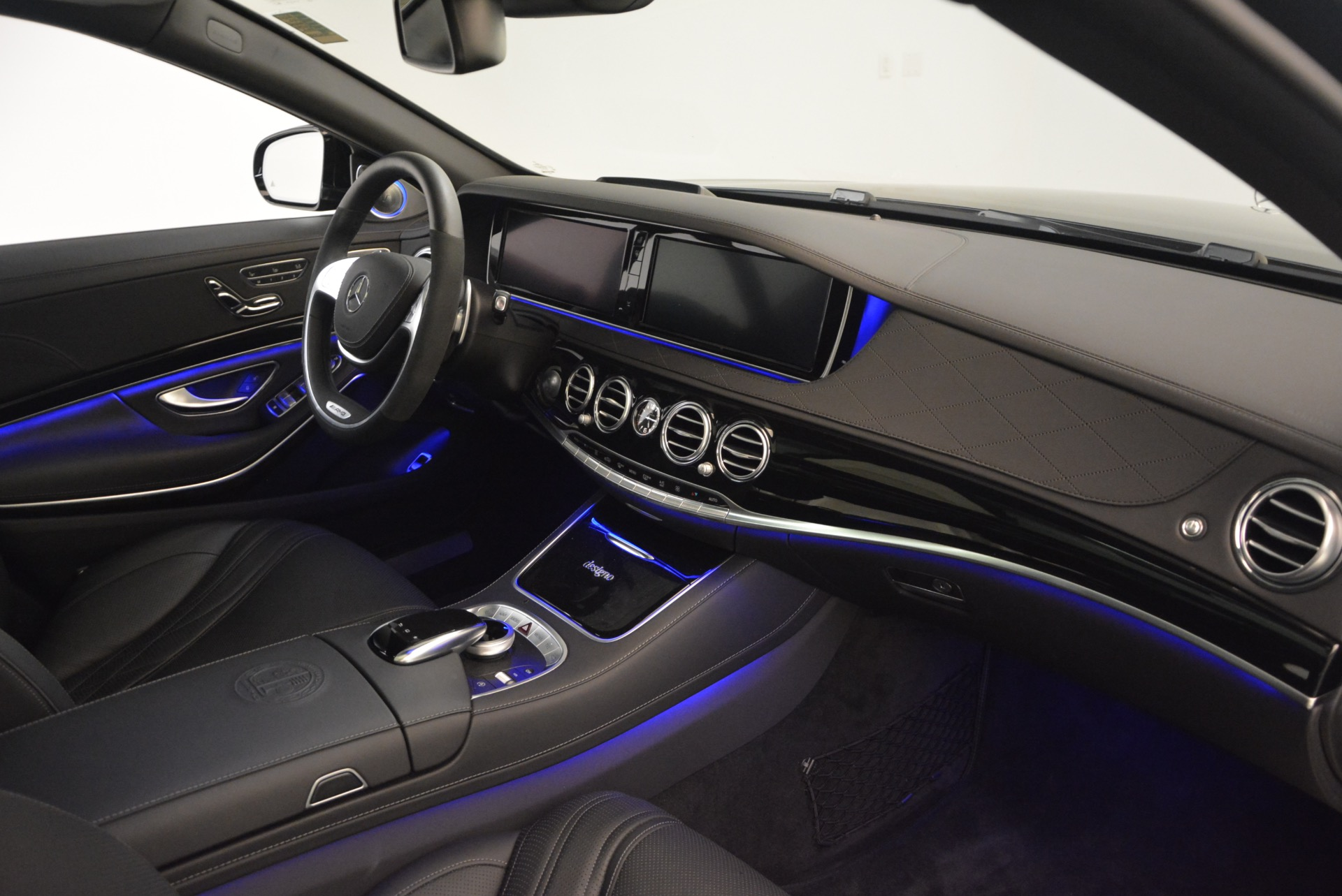 Used 2015 Mercedes-Benz S-Class S 65 AMG For Sale In Westport, CT 1386_p34