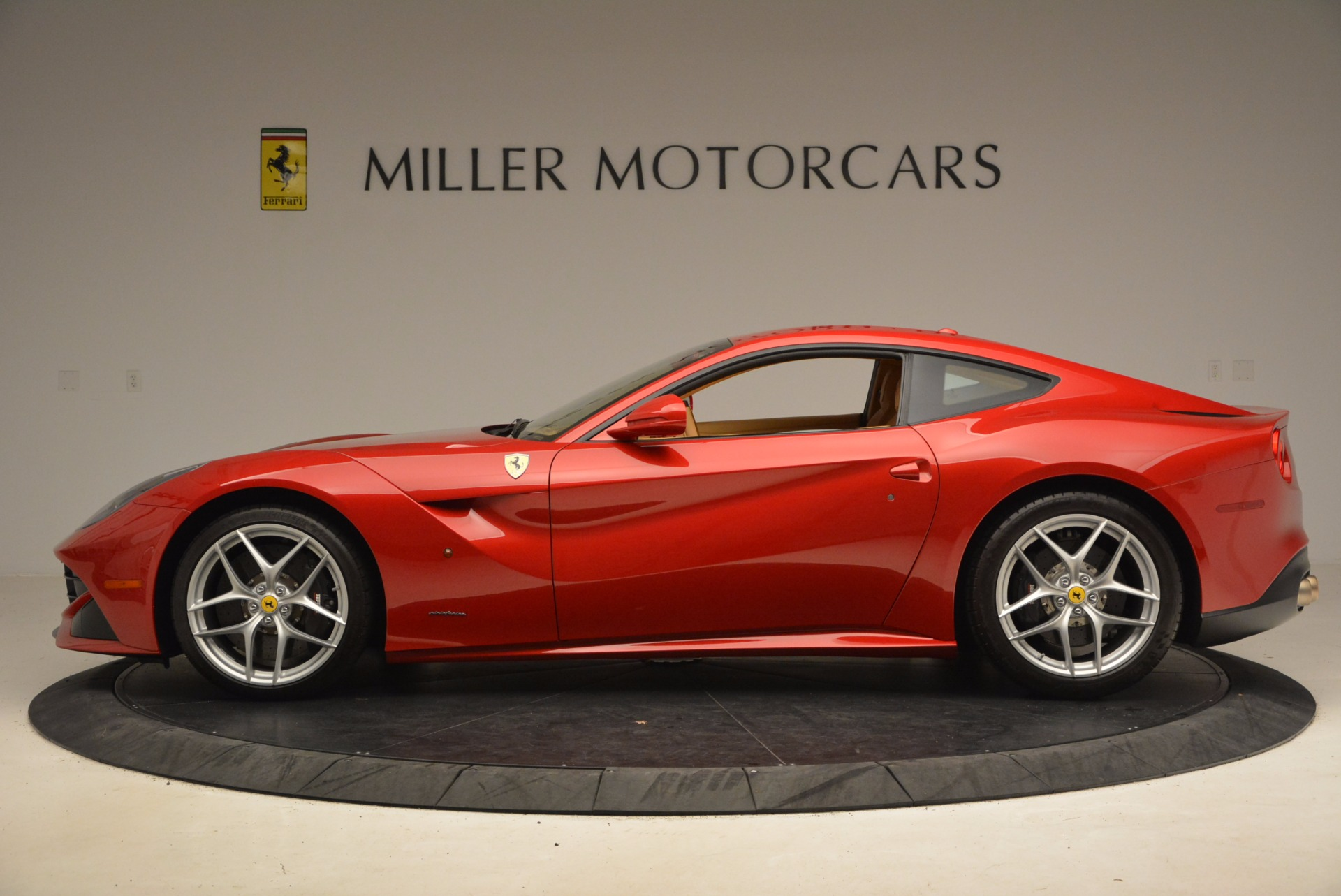 Used 2013 Ferrari F12 Berlinetta  For Sale In Westport, CT 1387_p3