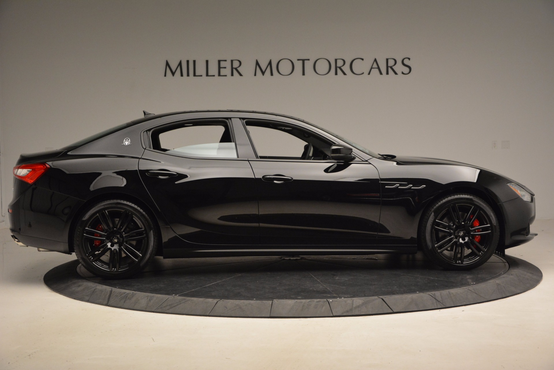 New 2017 Maserati Ghibli Nerissimo Edition S Q4 For Sale In Westport, CT 1391_p9