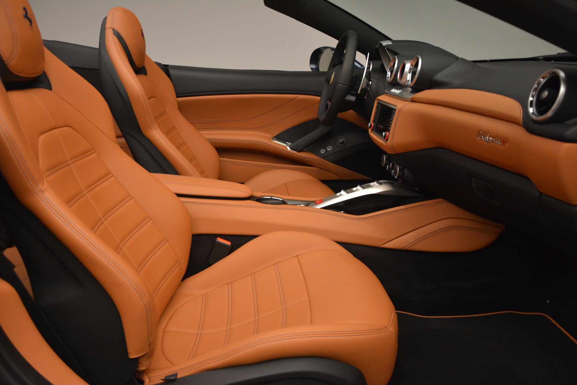 Used 2017 Ferrari California T Handling Speciale For Sale In Westport, CT 1394_p31