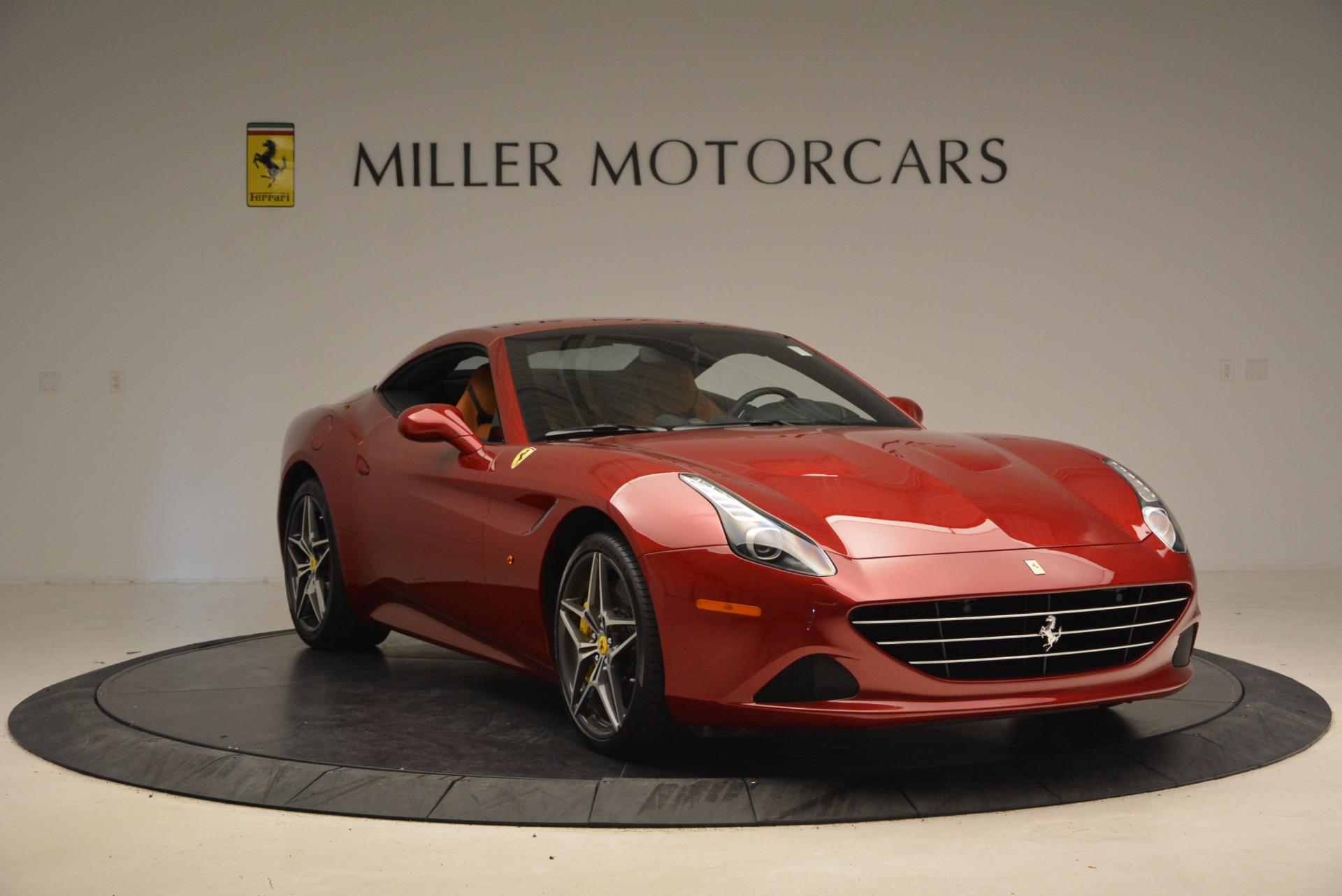 Used 2017 Ferrari California T  For Sale In Westport, CT 1395_p23
