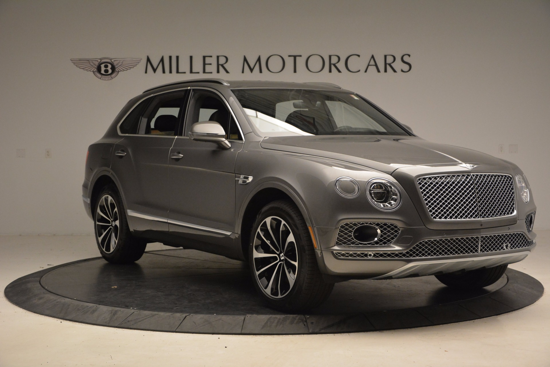 New 2018 Bentley Bentayga Activity Edition-Now with seating for 7!!! For Sale In Westport, CT 1396_p12
