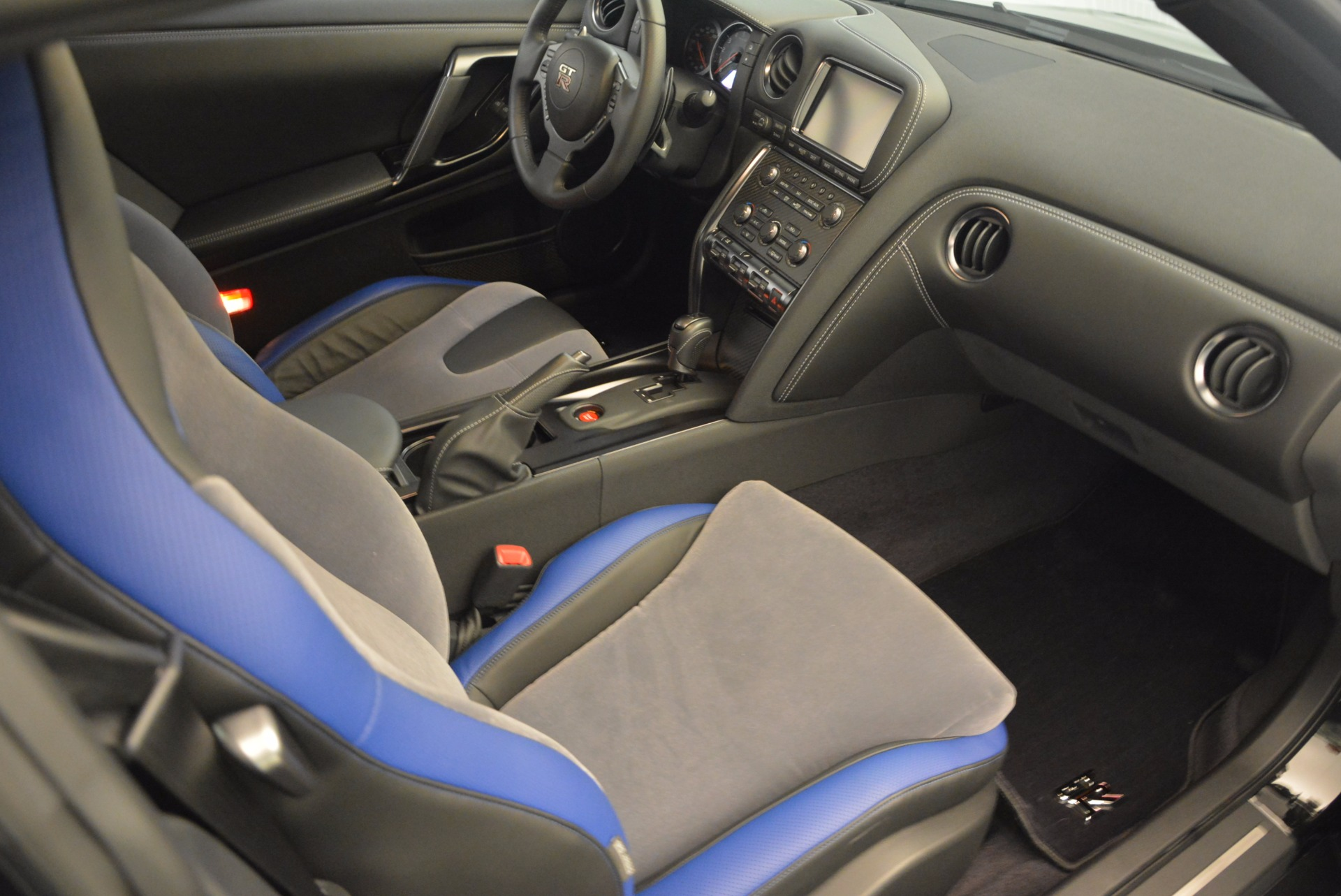 Used 2014 Nissan GT-R Track Edition For Sale In Westport, CT 1399_p19
