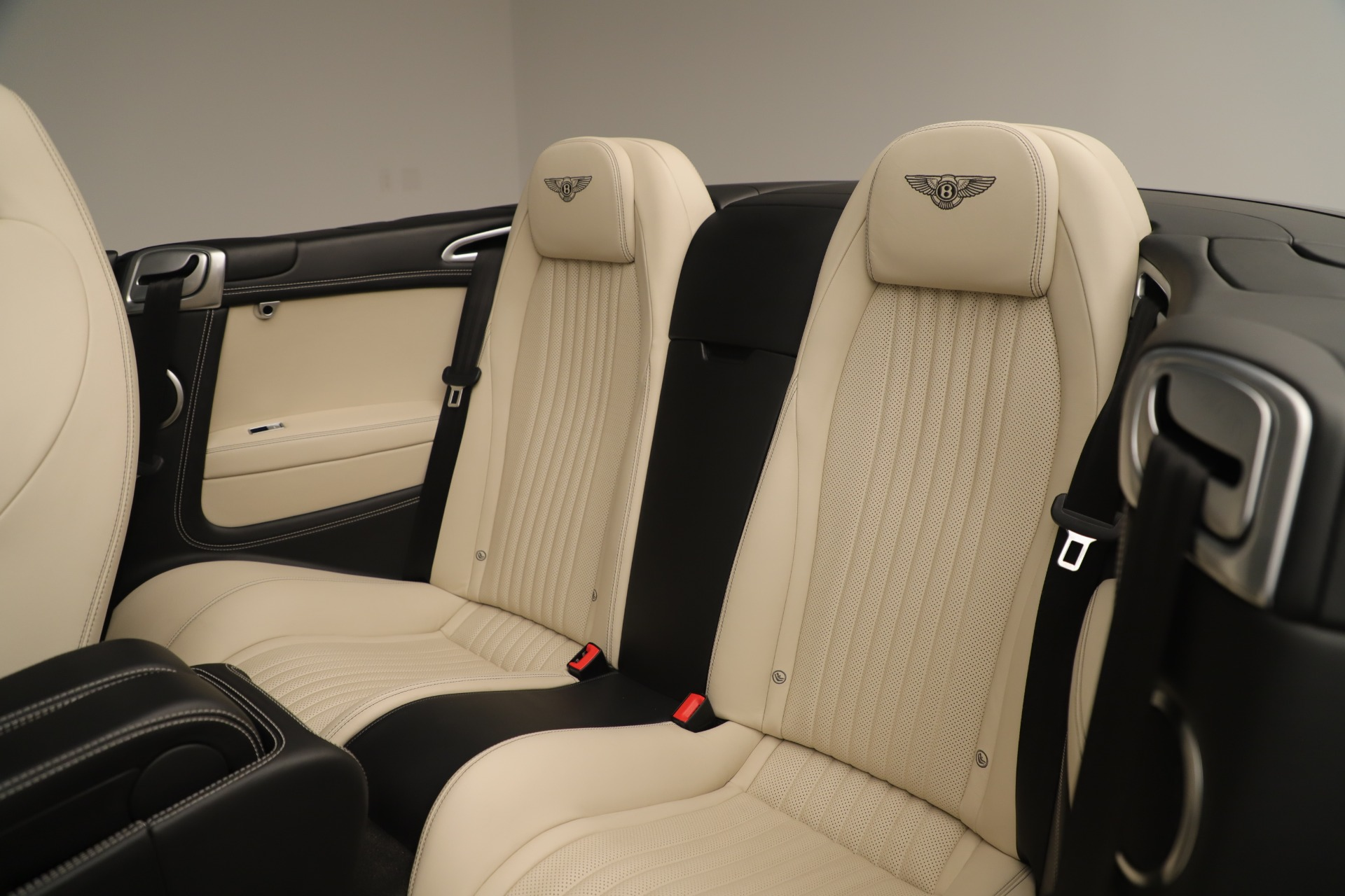 Used 2016 Bentley Continental GT V8 S Convertible  For Sale In Westport, CT 14_p26