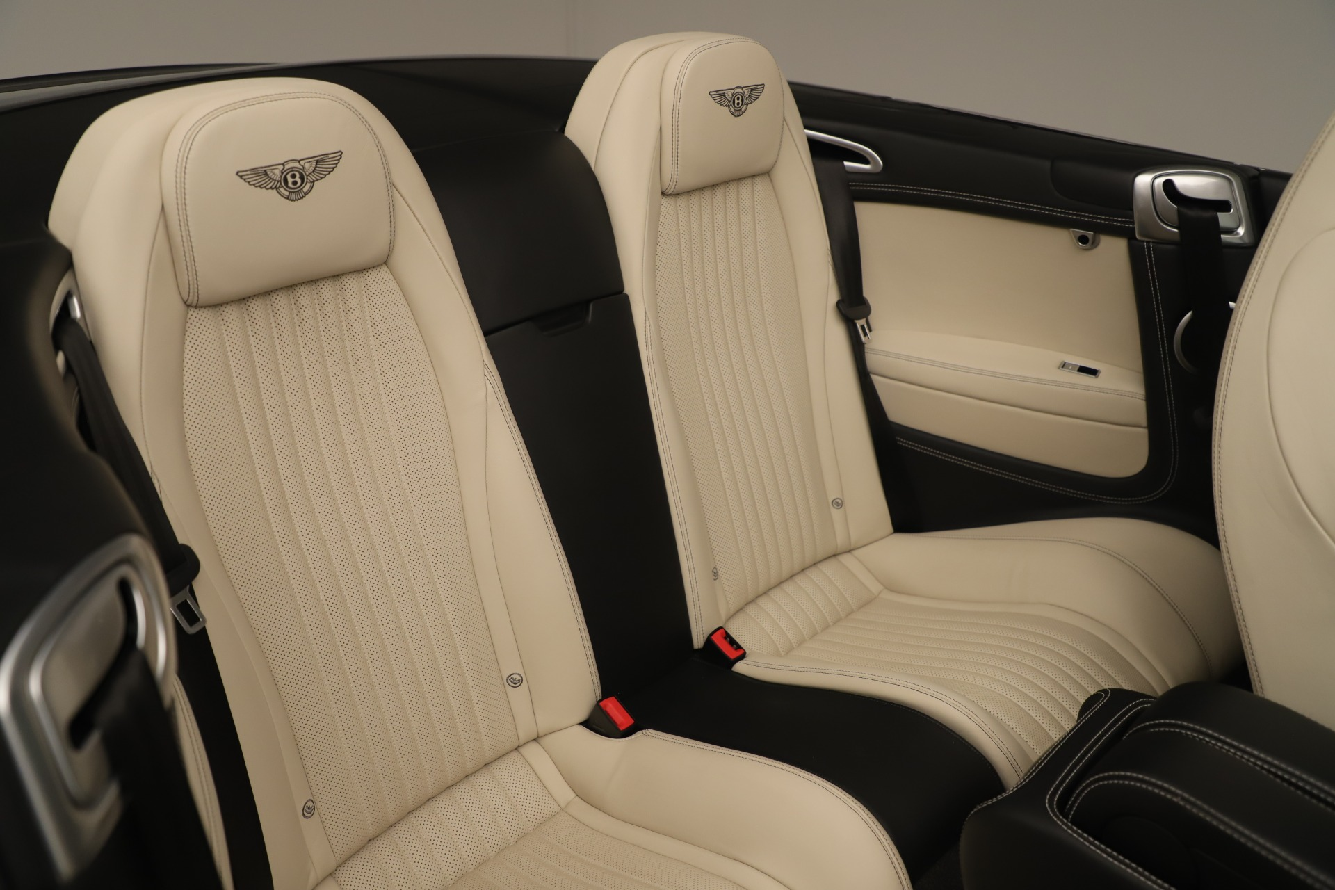 Used 2016 Bentley Continental GT V8 S Convertible  For Sale In Westport, CT 14_p33