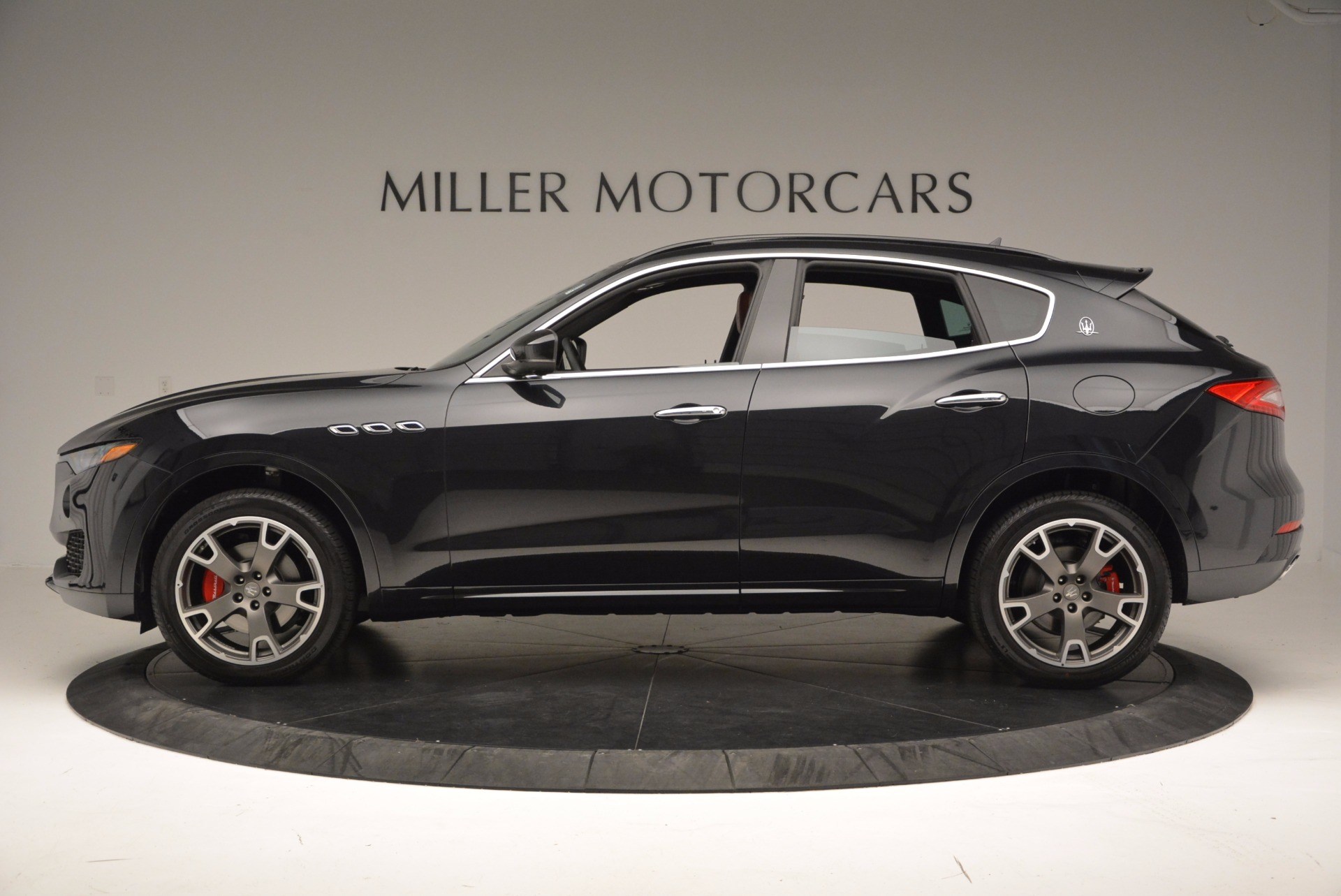 New 2017 Maserati Levante  For Sale In Westport, CT 1404_p3