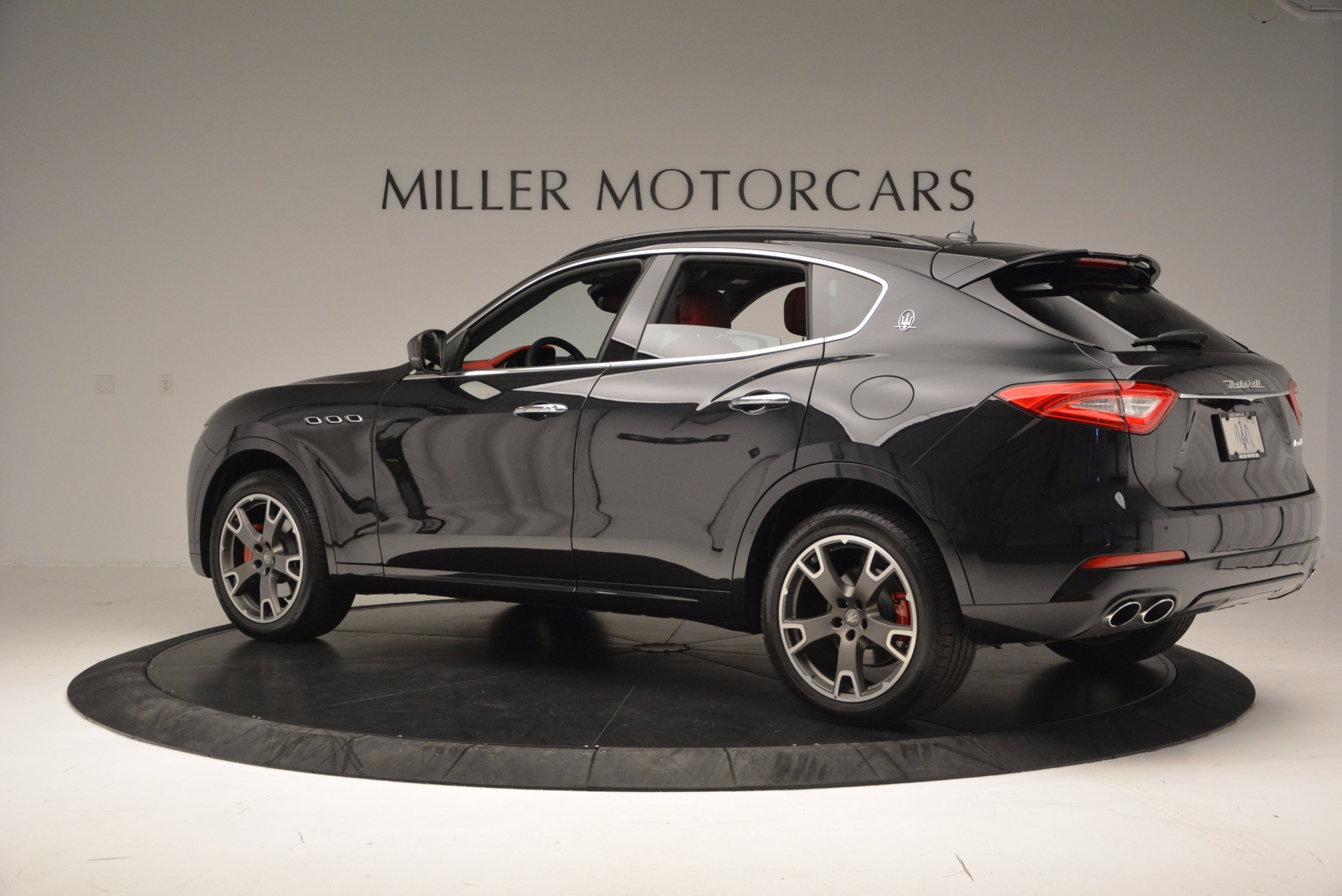 New 2017 Maserati Levante  For Sale In Westport, CT 1404_p4