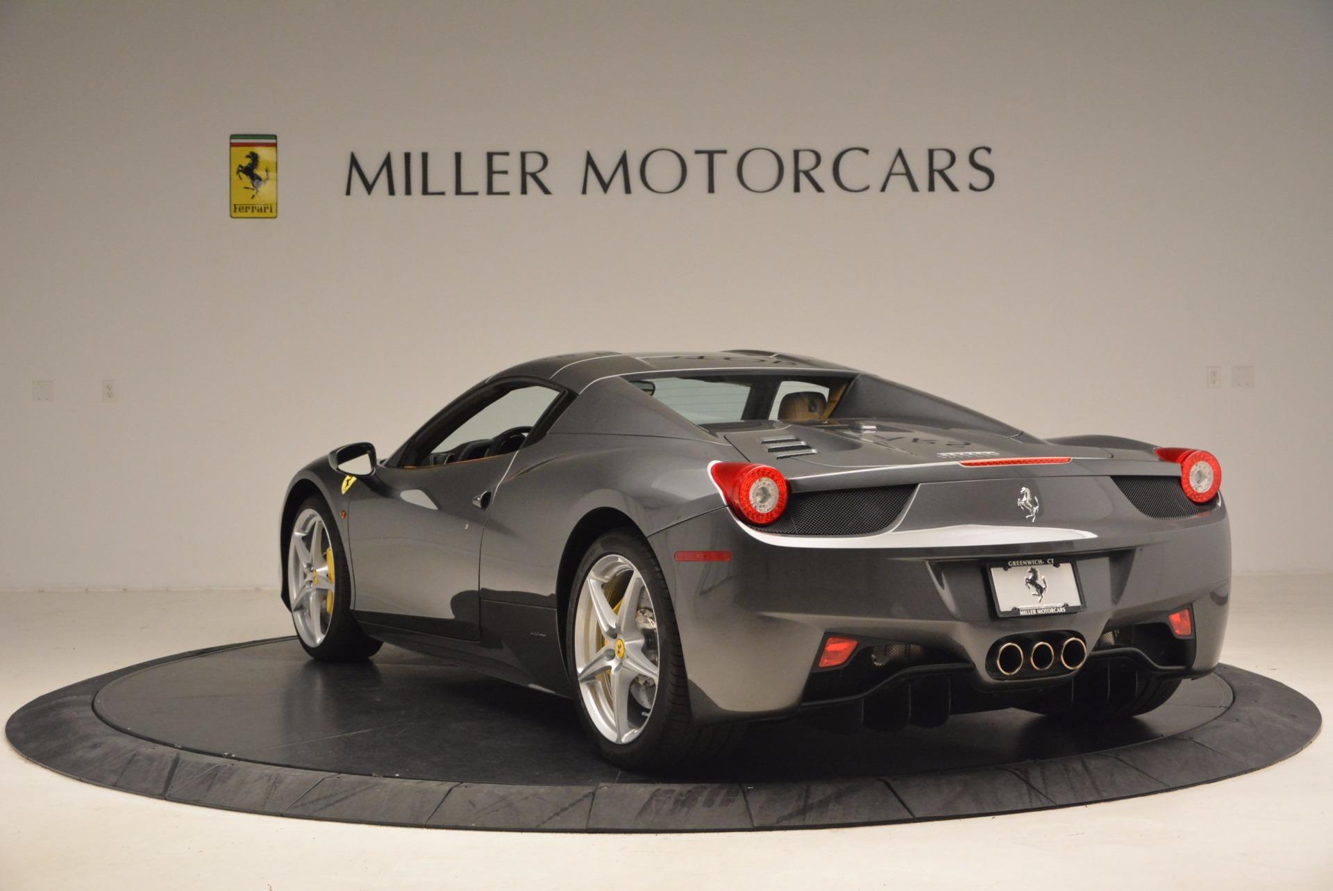 Used 2015 Ferrari 458 Spider  For Sale In Westport, CT 1423_p17