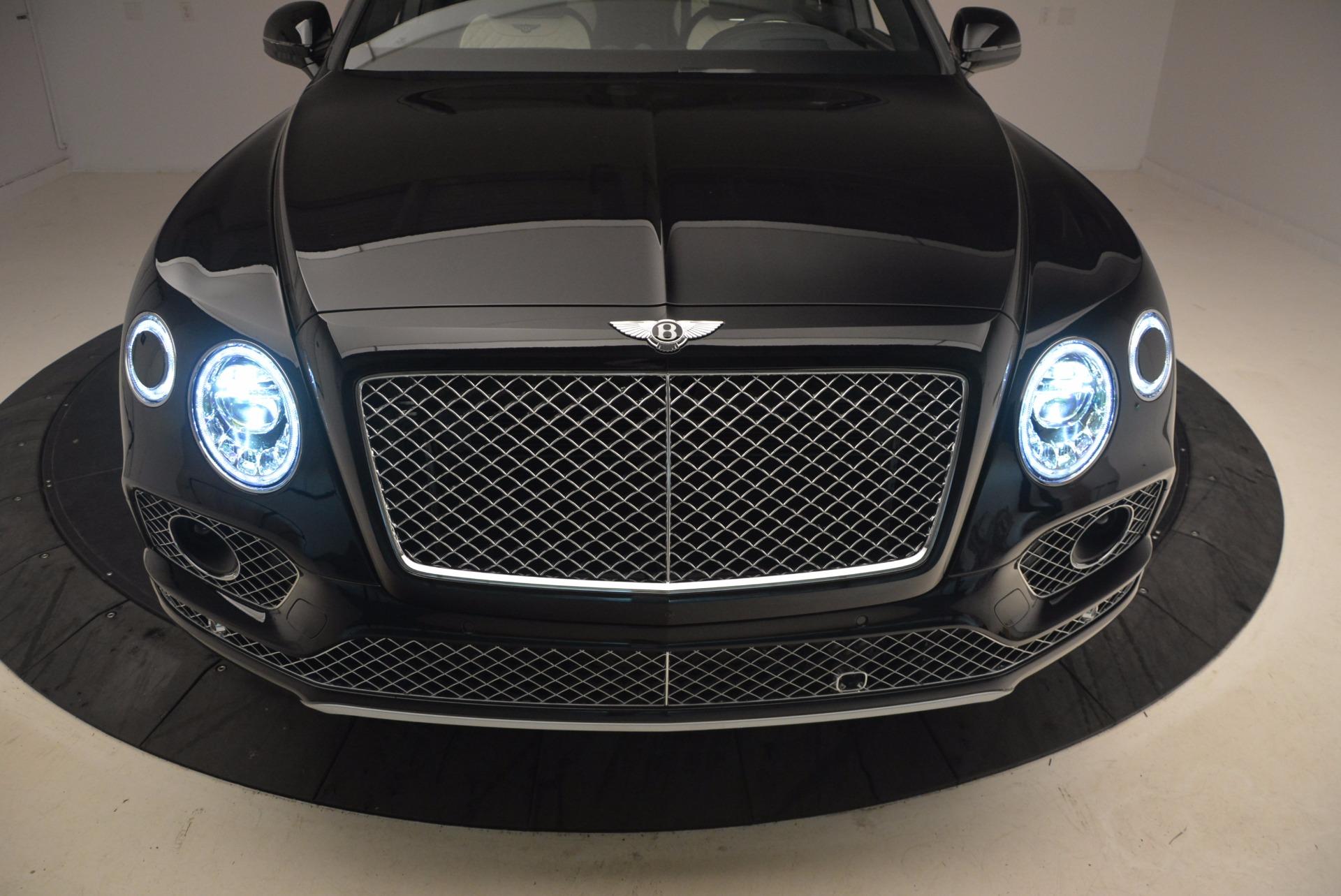 New 2018 Bentley Bentayga Signature For Sale In Westport, CT 1424_p16