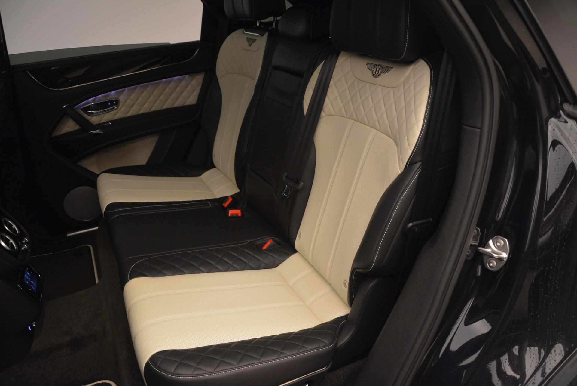 New 2018 Bentley Bentayga Signature For Sale In Westport, CT 1424_p33