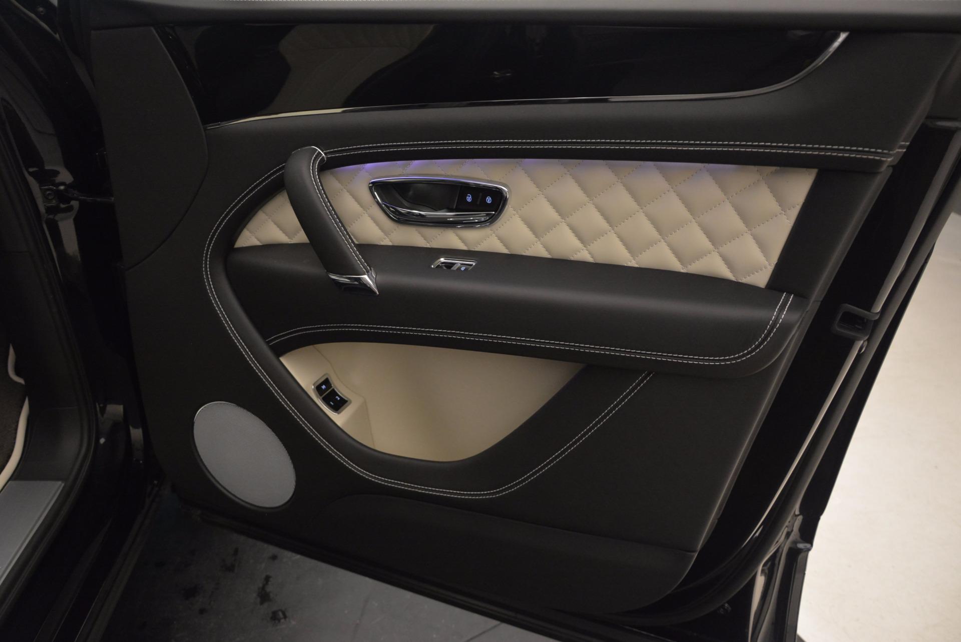 New 2018 Bentley Bentayga Signature For Sale In Westport, CT 1424_p40