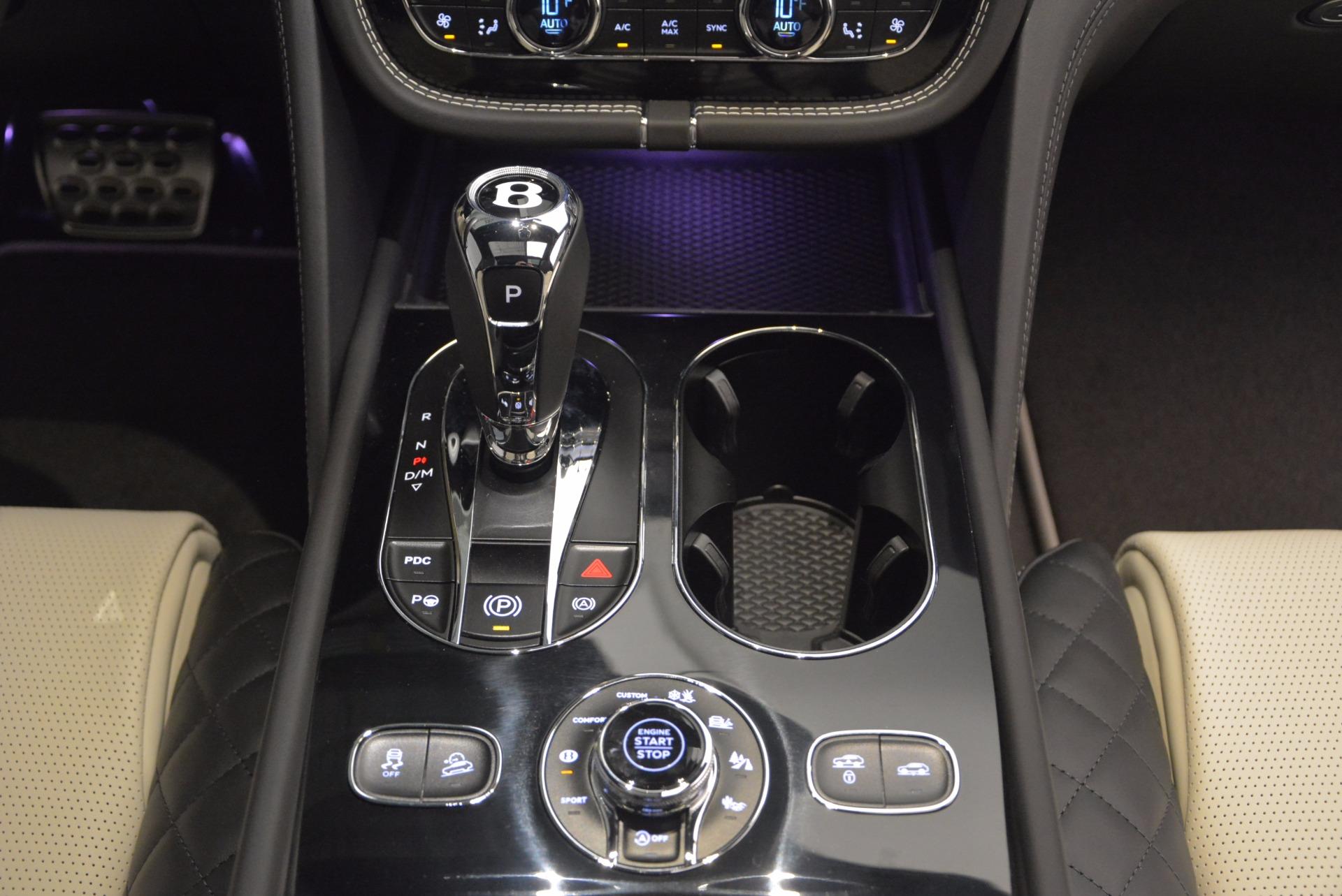 New 2018 Bentley Bentayga Signature For Sale In Westport, CT 1424_p49