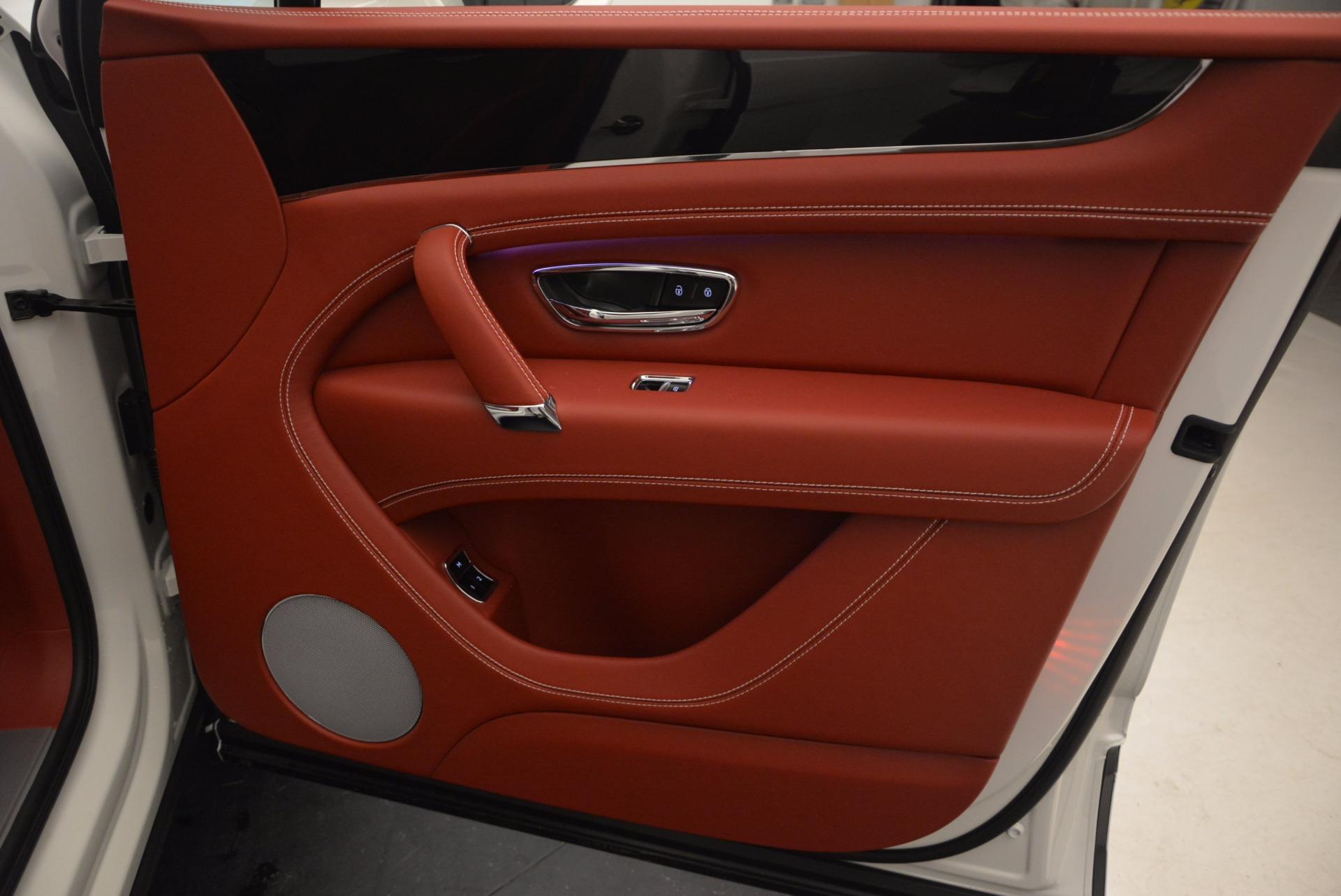 New 2018 Bentley Bentayga Onyx For Sale In Westport, CT 1425_p42