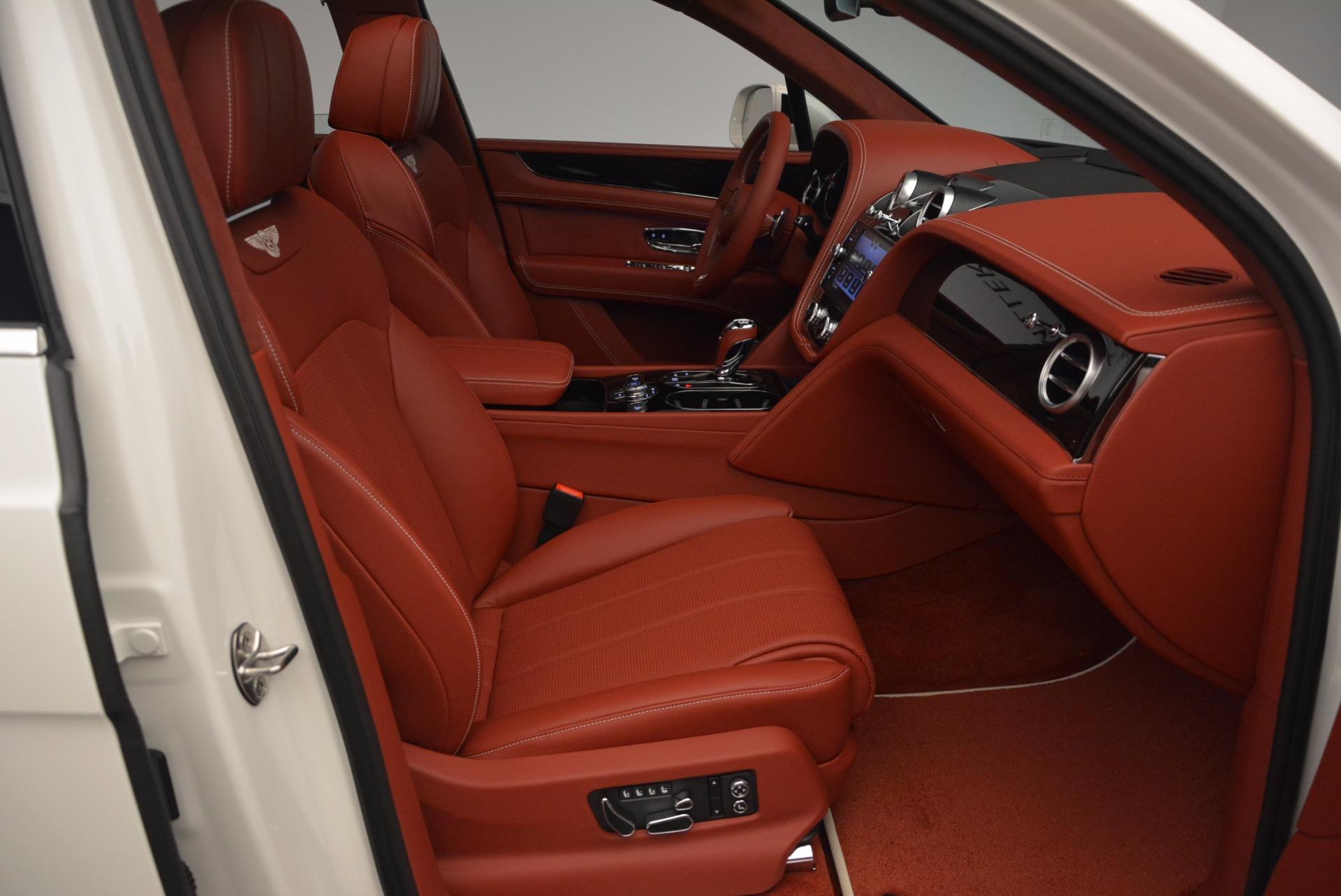 New 2018 Bentley Bentayga Onyx For Sale In Westport, CT 1425_p44
