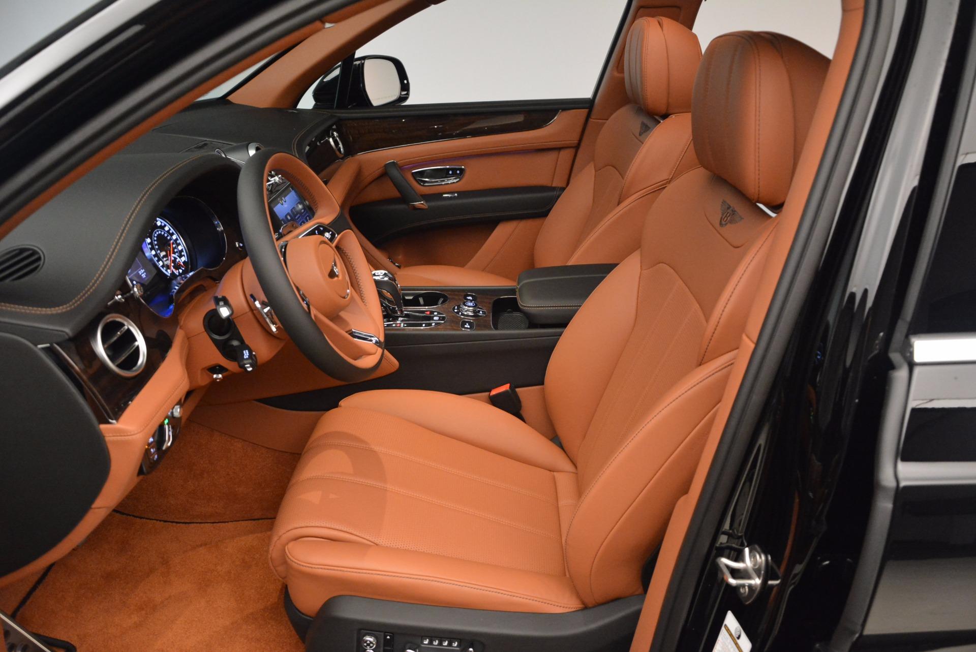 New 2018 Bentley Bentayga Onyx For Sale In Westport, CT 1428_p24
