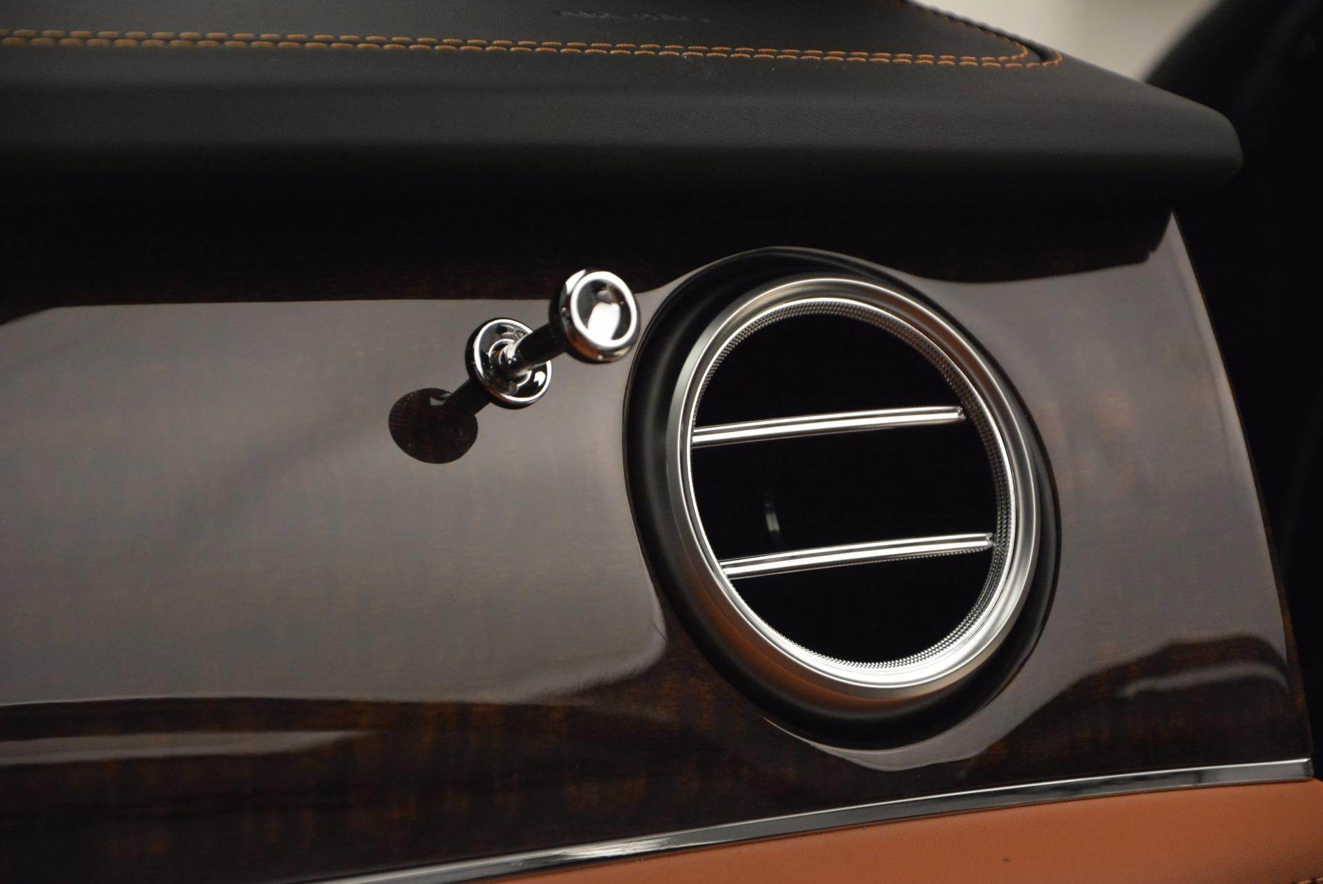 New 2018 Bentley Bentayga Onyx For Sale In Westport, CT 1428_p51