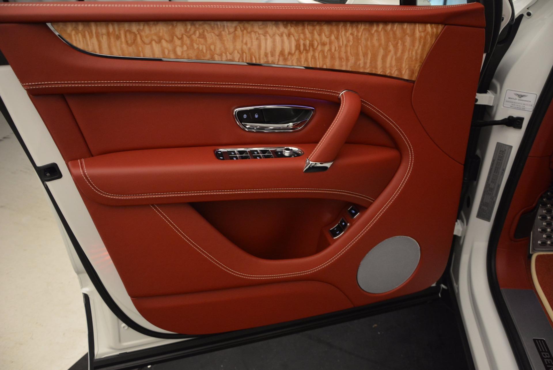 New 2018 Bentley Bentayga Onyx Edition For Sale In Westport, CT 1429_p22