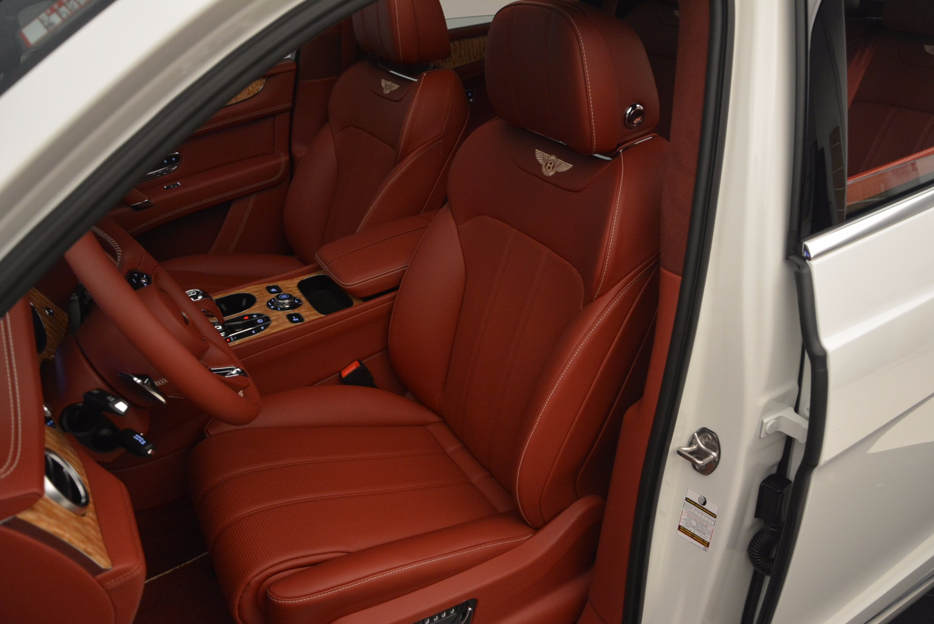 New 2018 Bentley Bentayga Onyx Edition For Sale In Westport, CT 1429_p25