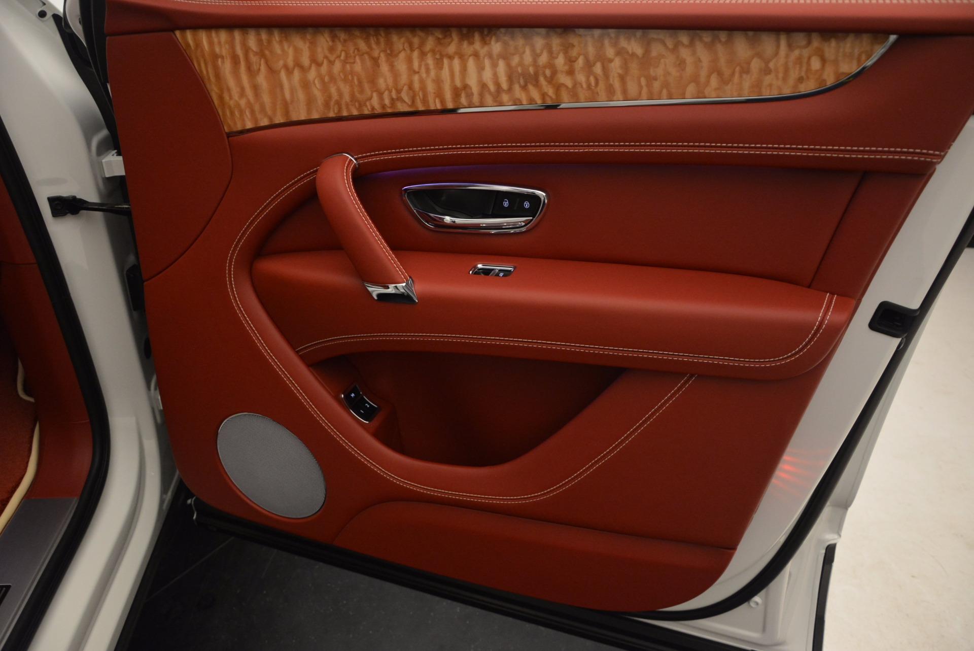 New 2018 Bentley Bentayga Onyx Edition For Sale In Westport, CT 1429_p39
