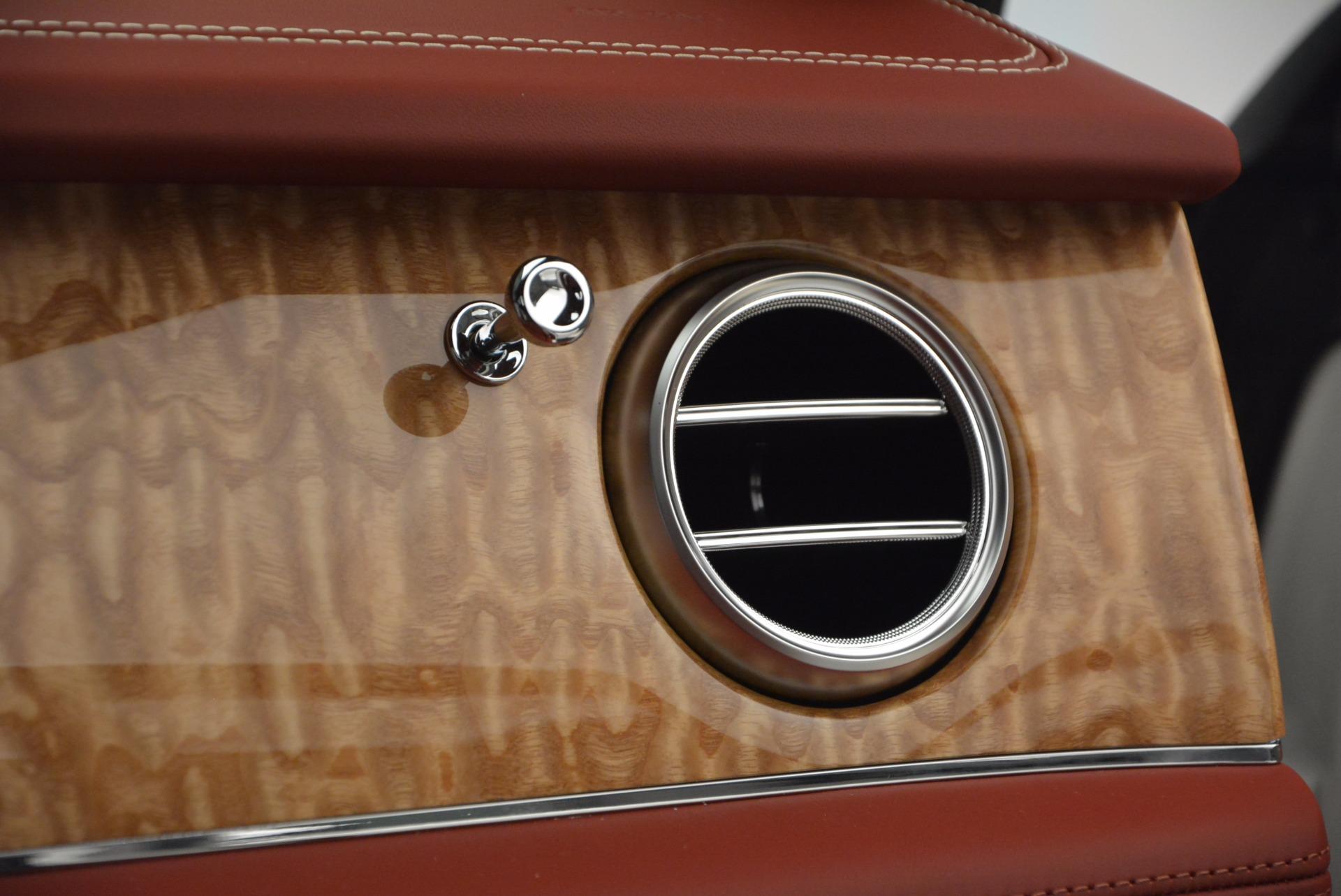 New 2018 Bentley Bentayga Onyx Edition For Sale In Westport, CT 1429_p49